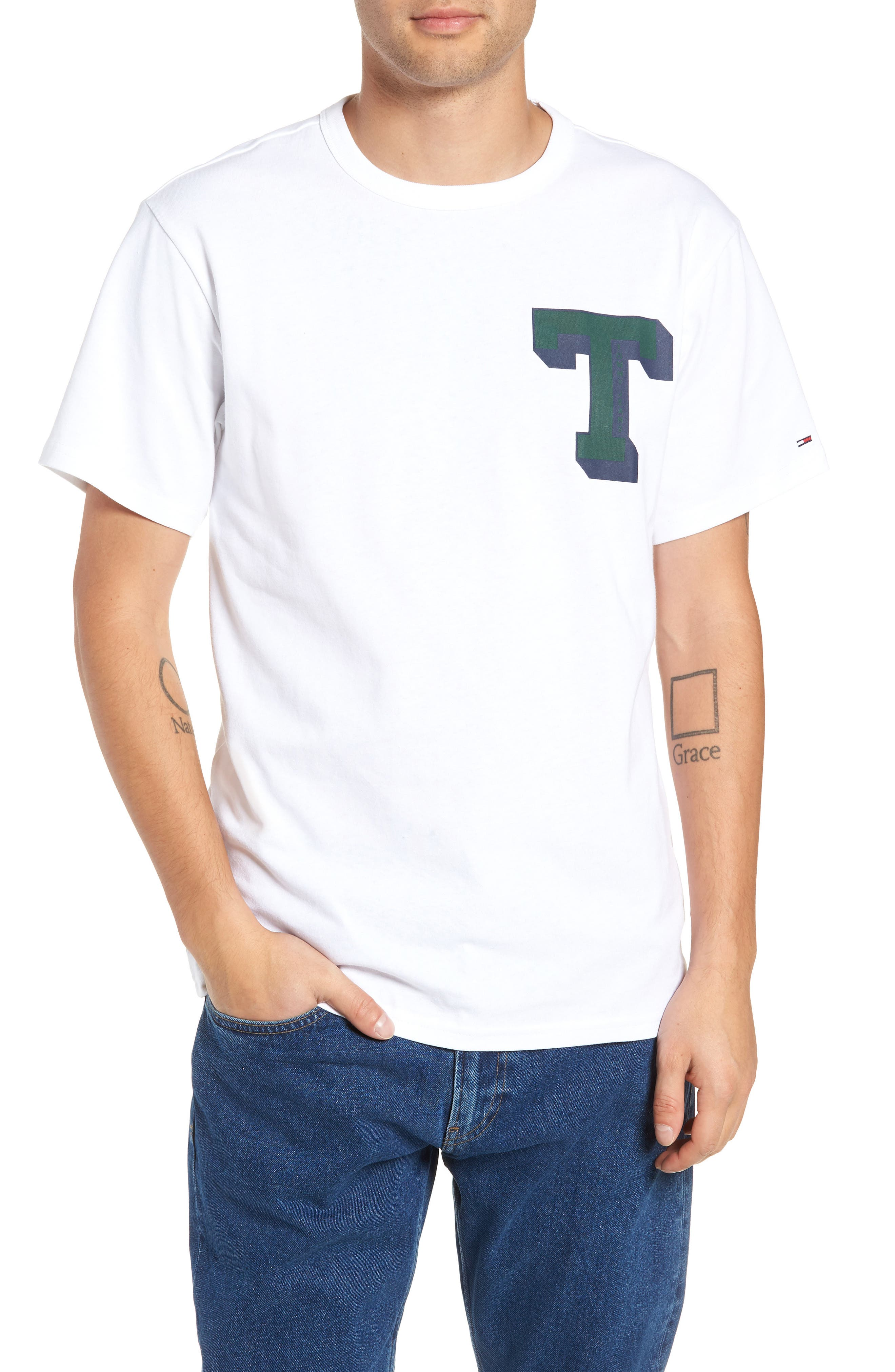 TOMMY JEANS,                             Essential Graphic T-Shirt,                             Main thumbnail 1, color,                             100