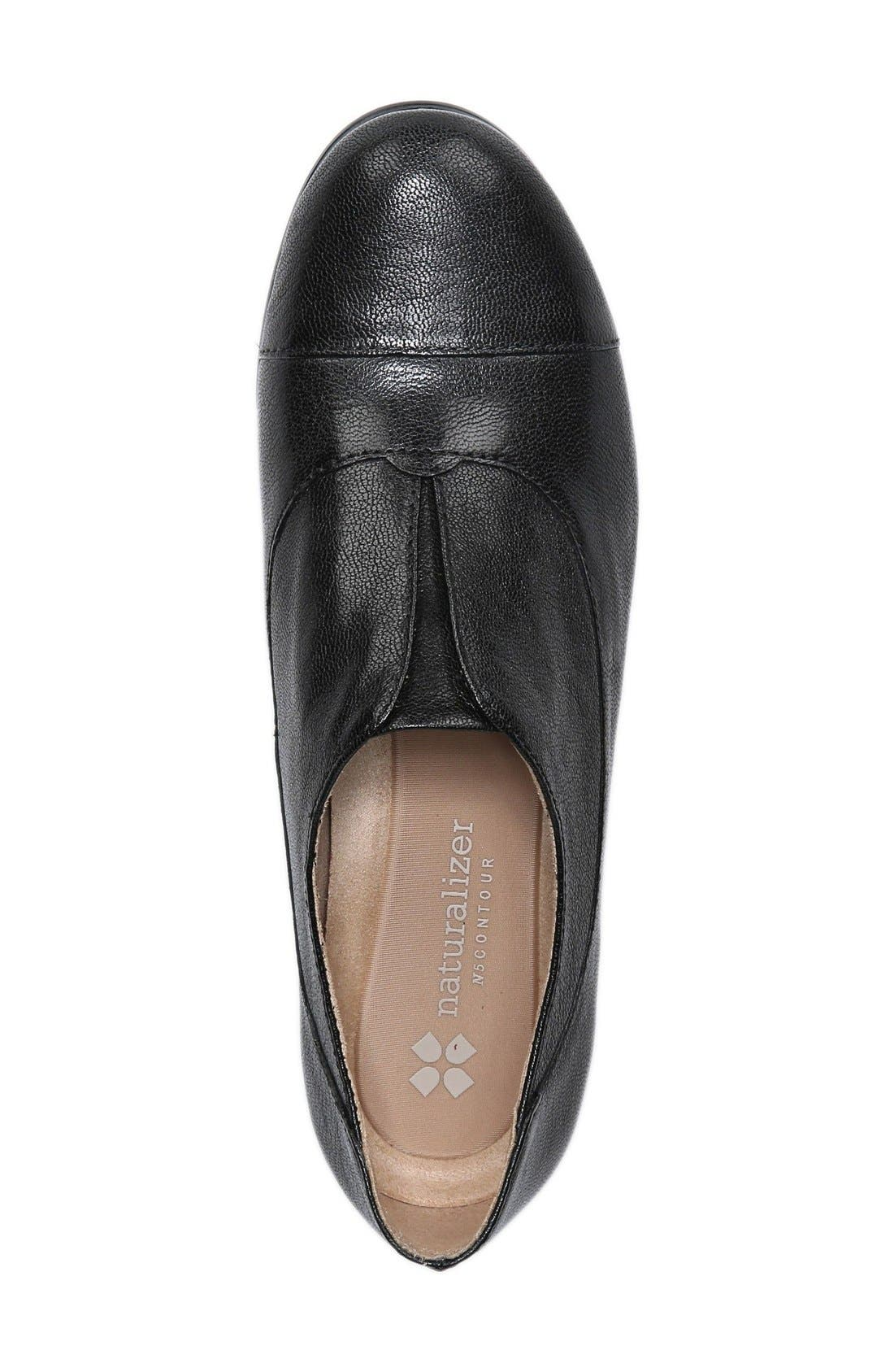 NATURALIZER,                             'Carabell' Laceless Oxford,                             Alternate thumbnail 4, color,                             001