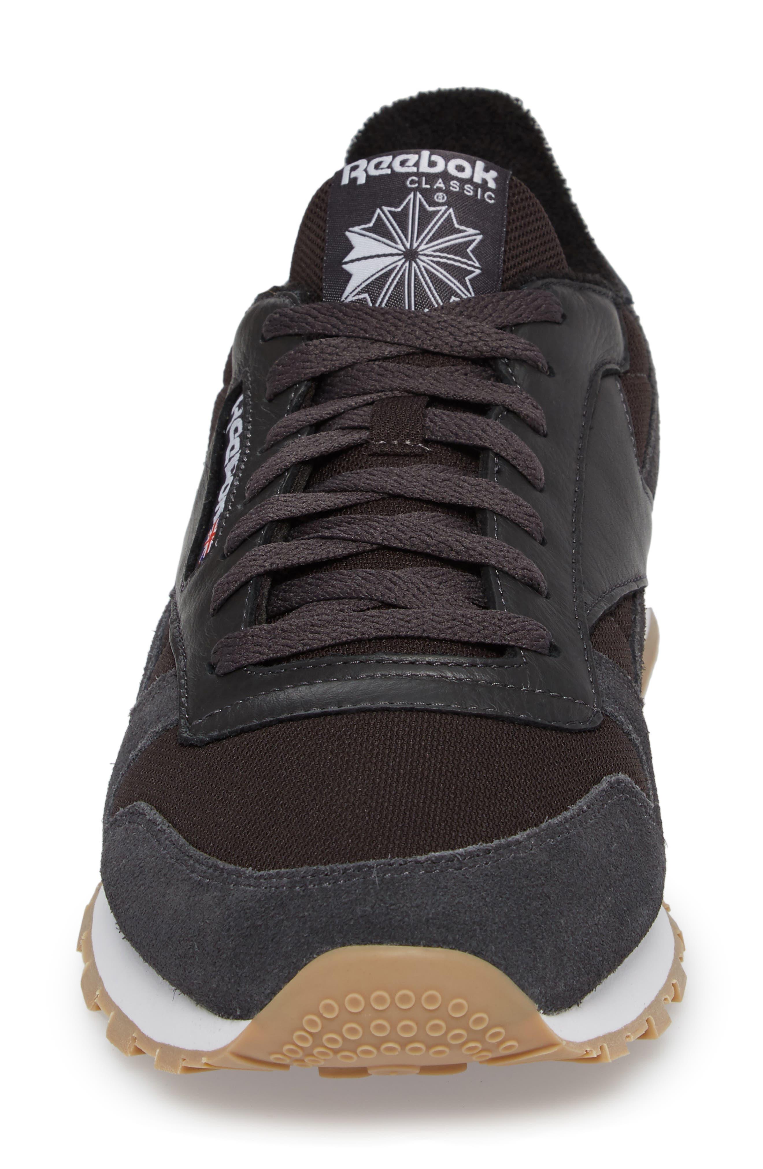 ESTL Classic Leather Sneaker,                             Alternate thumbnail 4, color,                             001