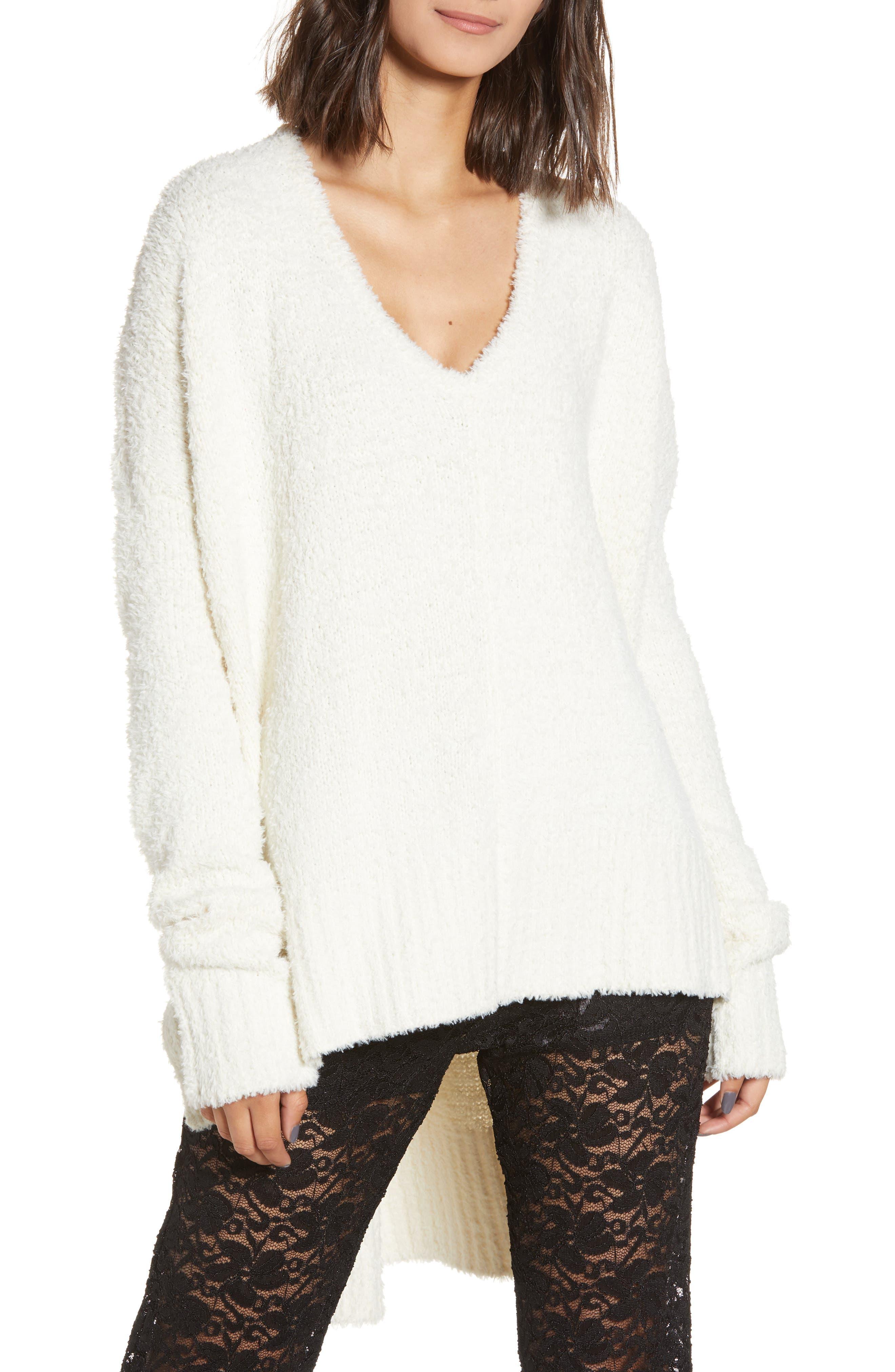 SHOW ME YOUR MUMU Coconut Cream Fuzzy Sweater in Coconut Cream Fuzzy Knit