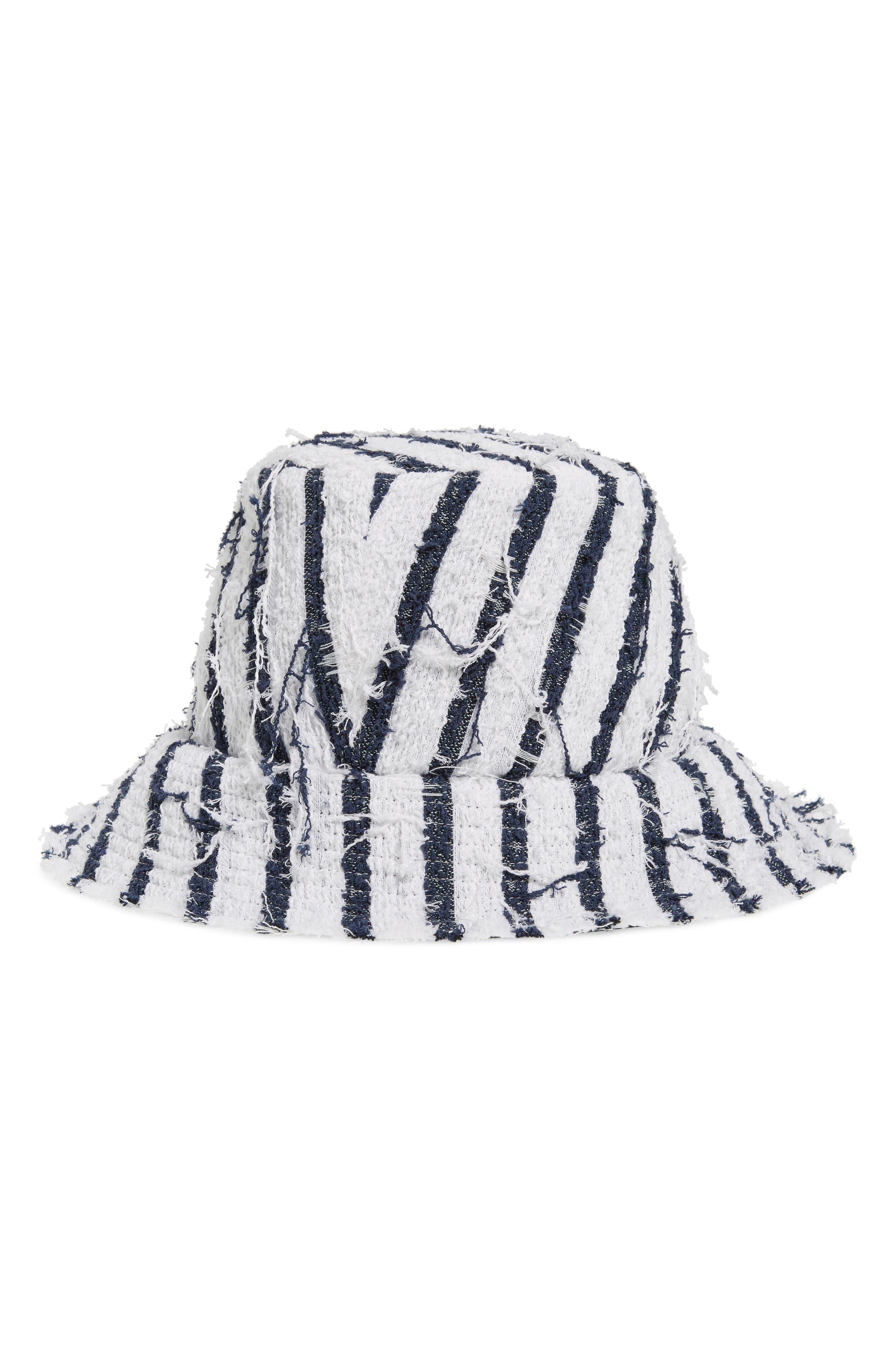 Toby Stripe Tweed Bucket Hat - White in White/ Navy