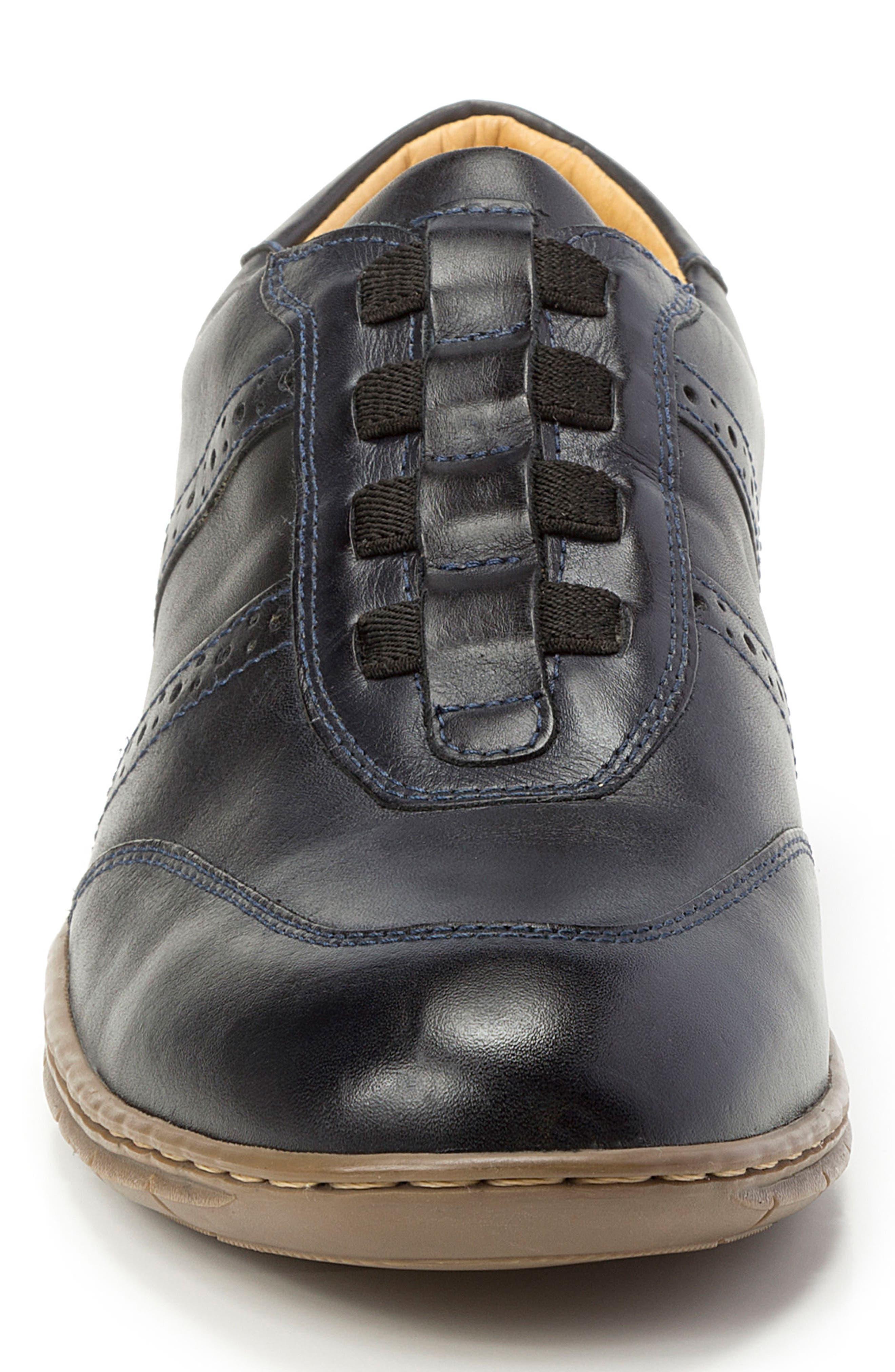 Noah Slip-On Sneaker,                             Alternate thumbnail 4, color,                             BLACK
