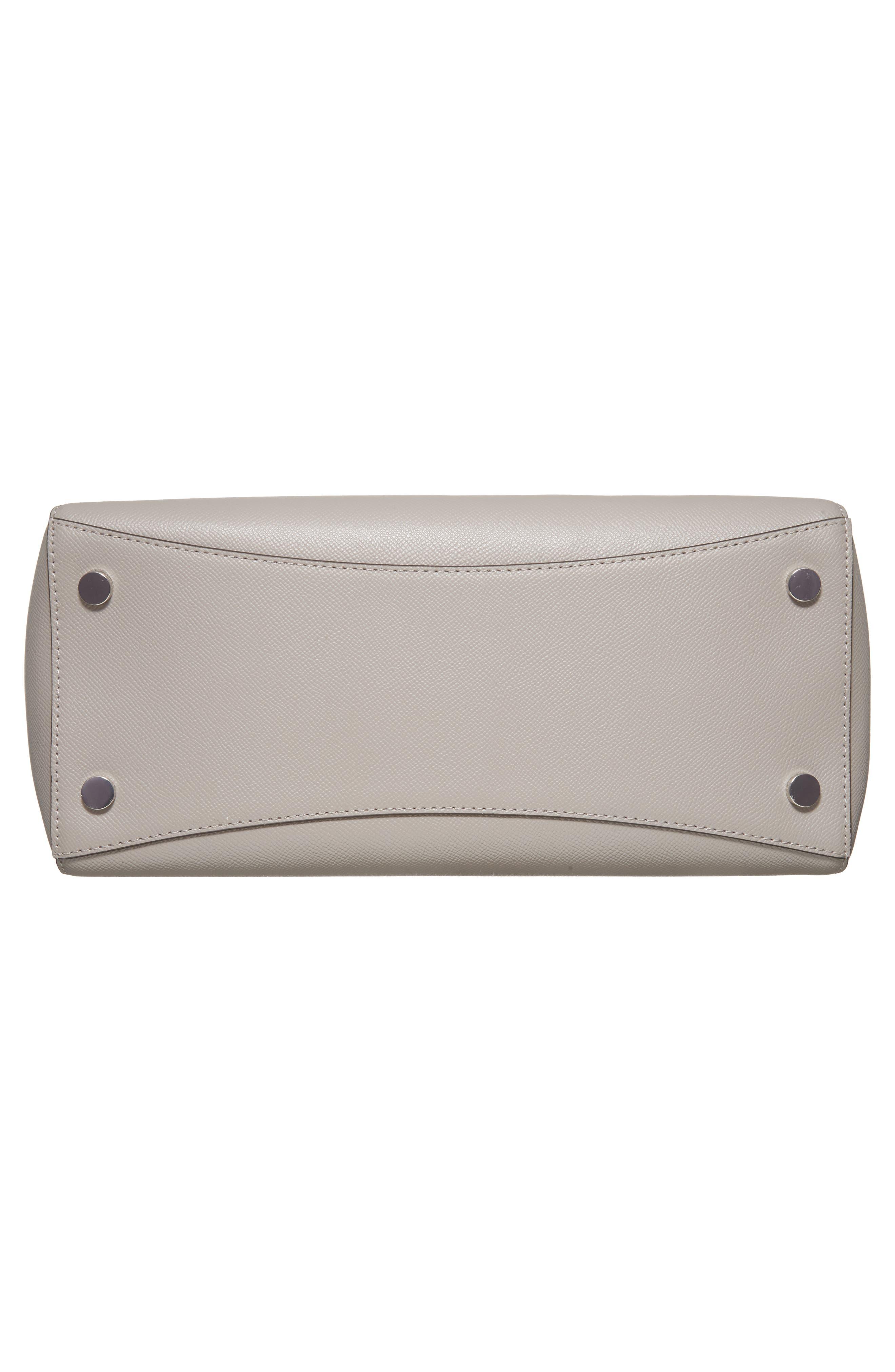 MICHAEL KORS,                             MICHAEL Michael Kors Voyager Leather Tote,                             Alternate thumbnail 6, color,                             081