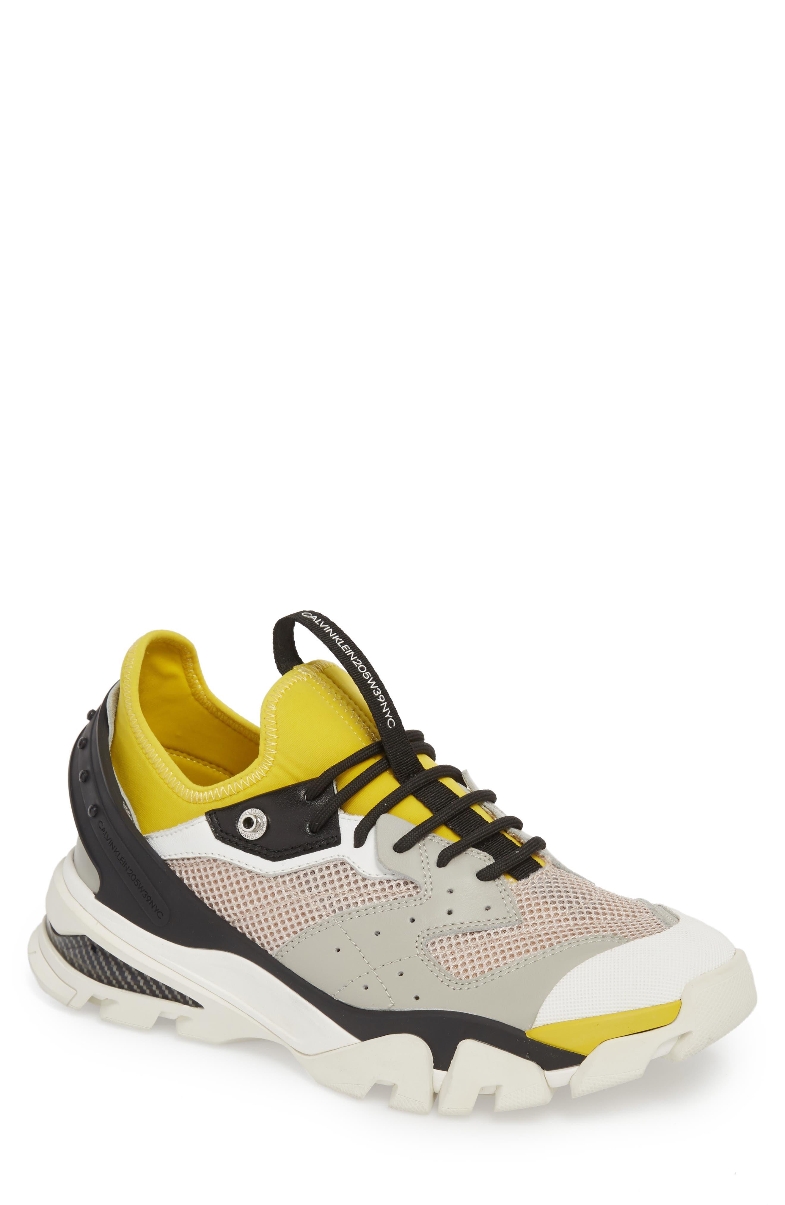 Carlos 10 Snapback Runner Sneaker,                         Main,                         color, GREY/ YELLOW/ BLACK/ WHITE