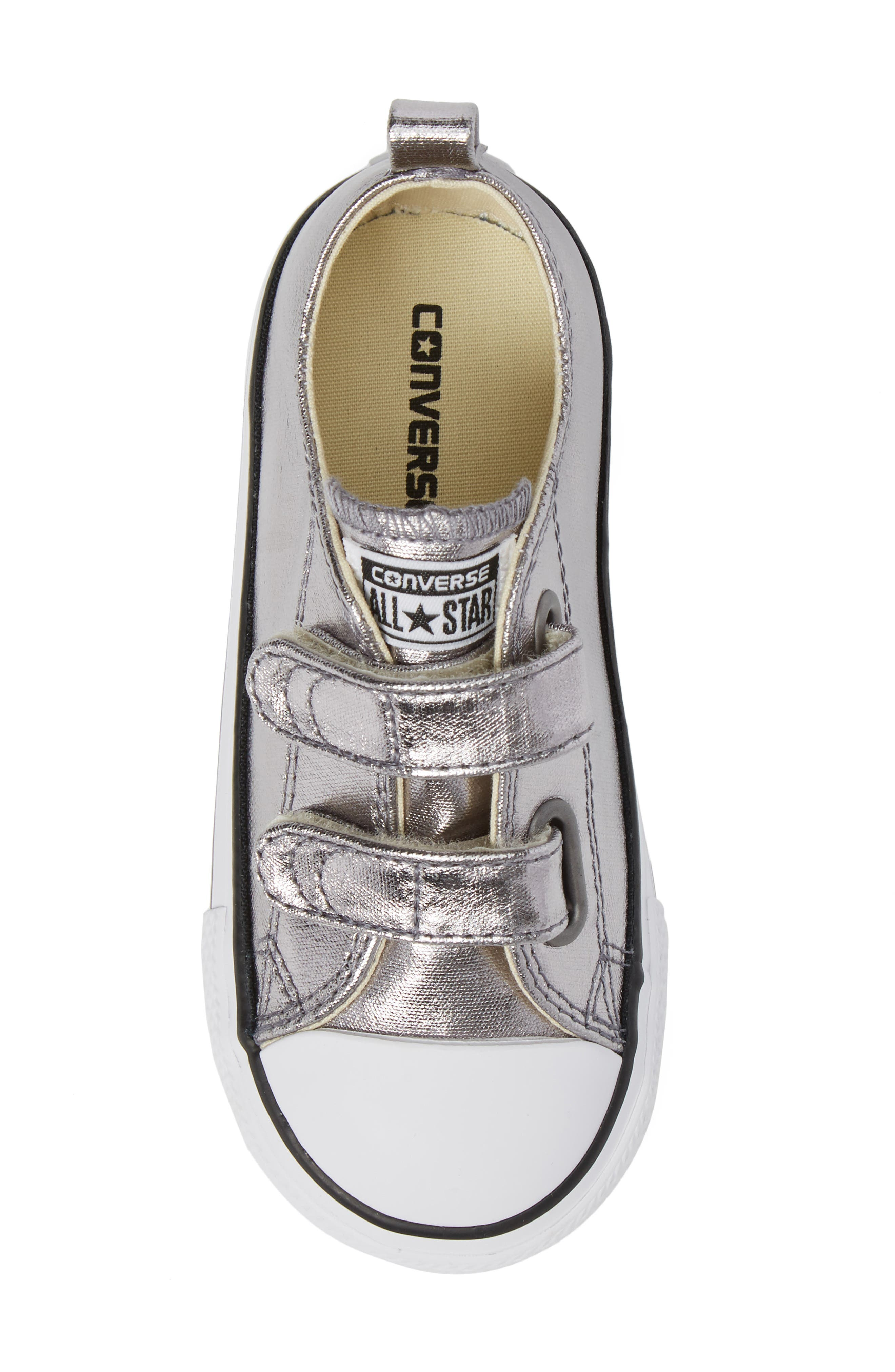Chuck Taylor<sup>®</sup> All Star<sup>®</sup> Seasonal Metallic Low Top Sneaker,                             Alternate thumbnail 5, color,                             040