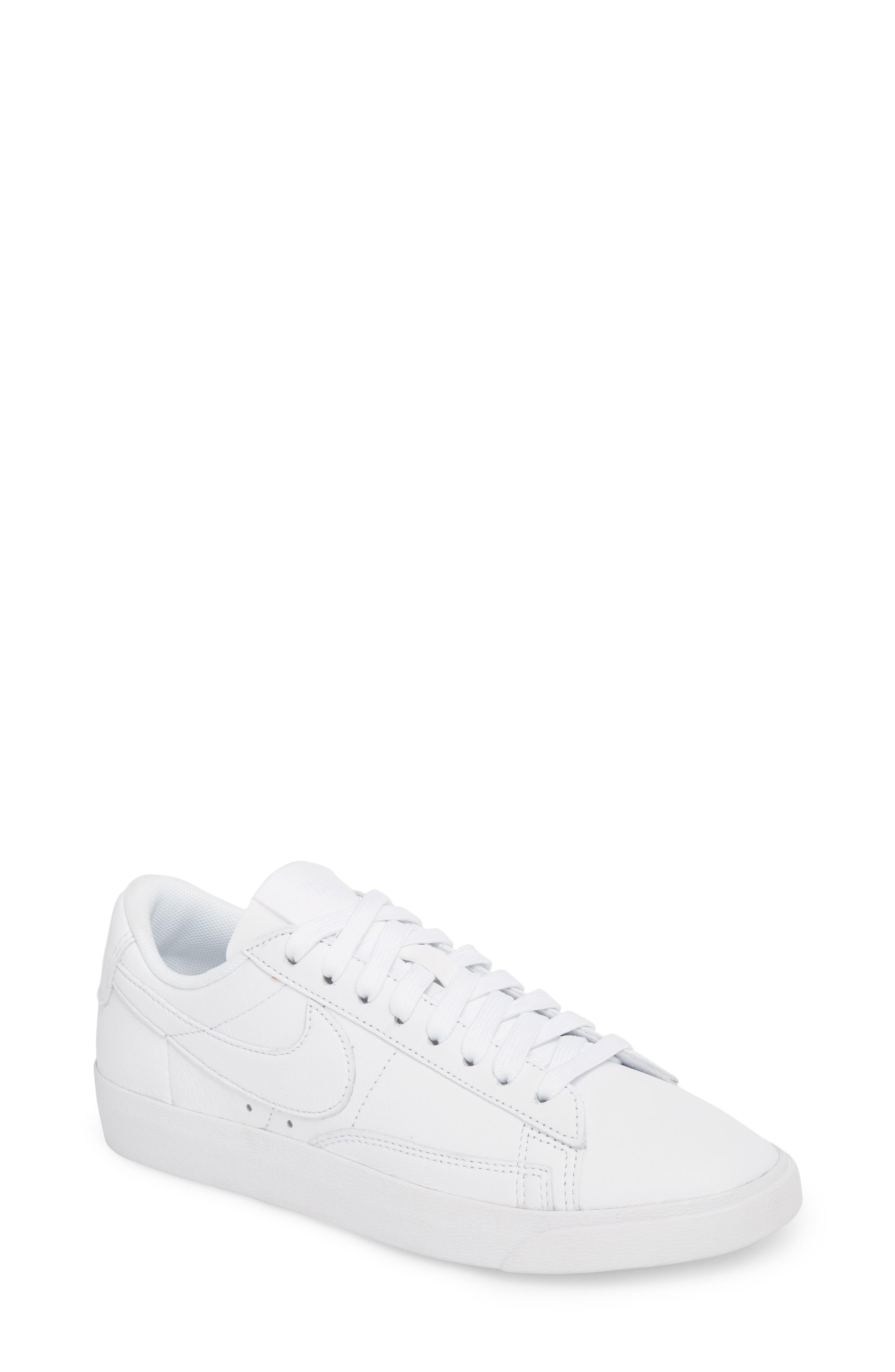 Blazer Low LE Sneaker,                             Main thumbnail 1, color,                             WHITE/ WHITE-WHITE