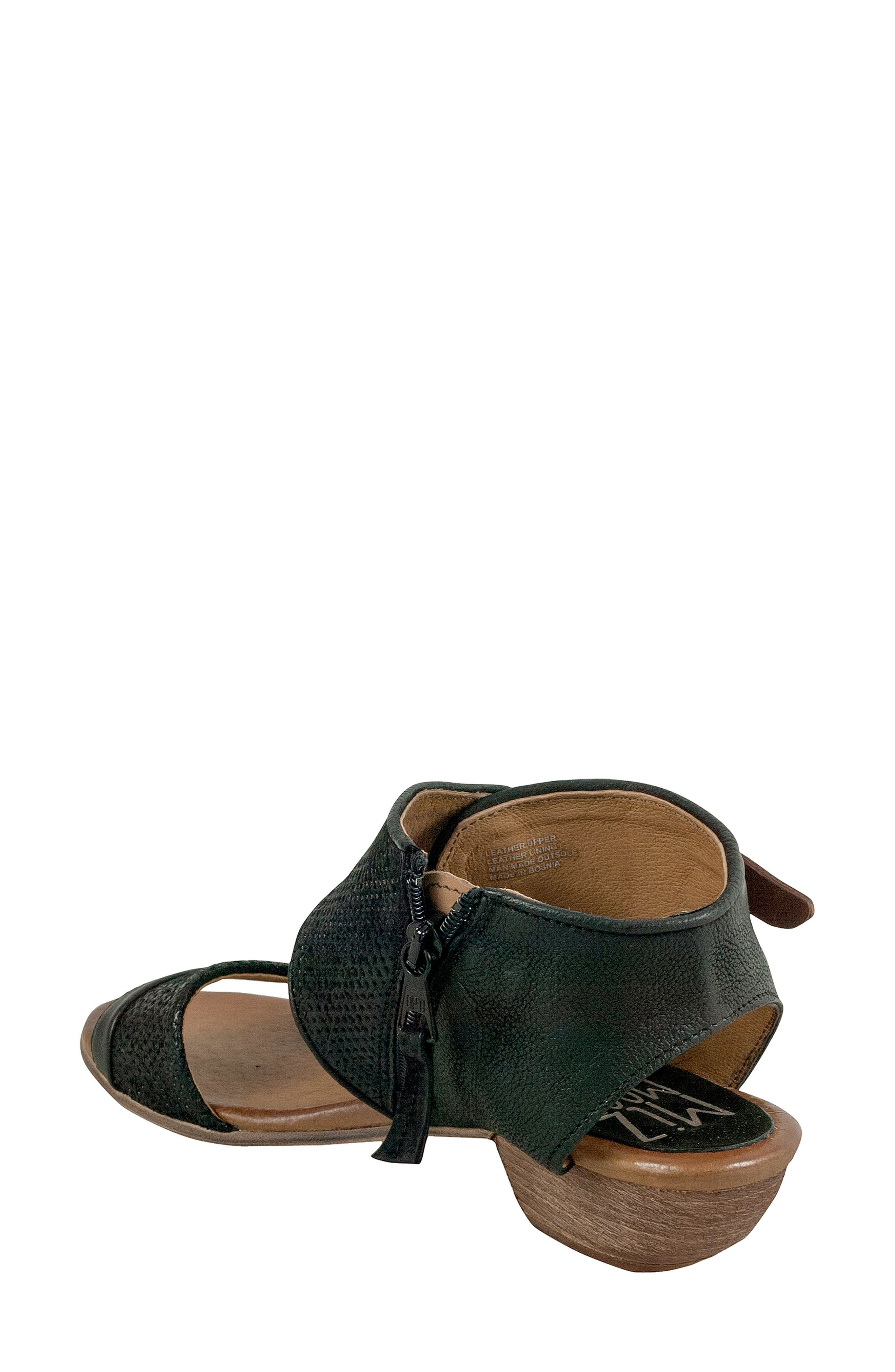 Chatham Textured Sandal,                             Alternate thumbnail 2, color,                             001