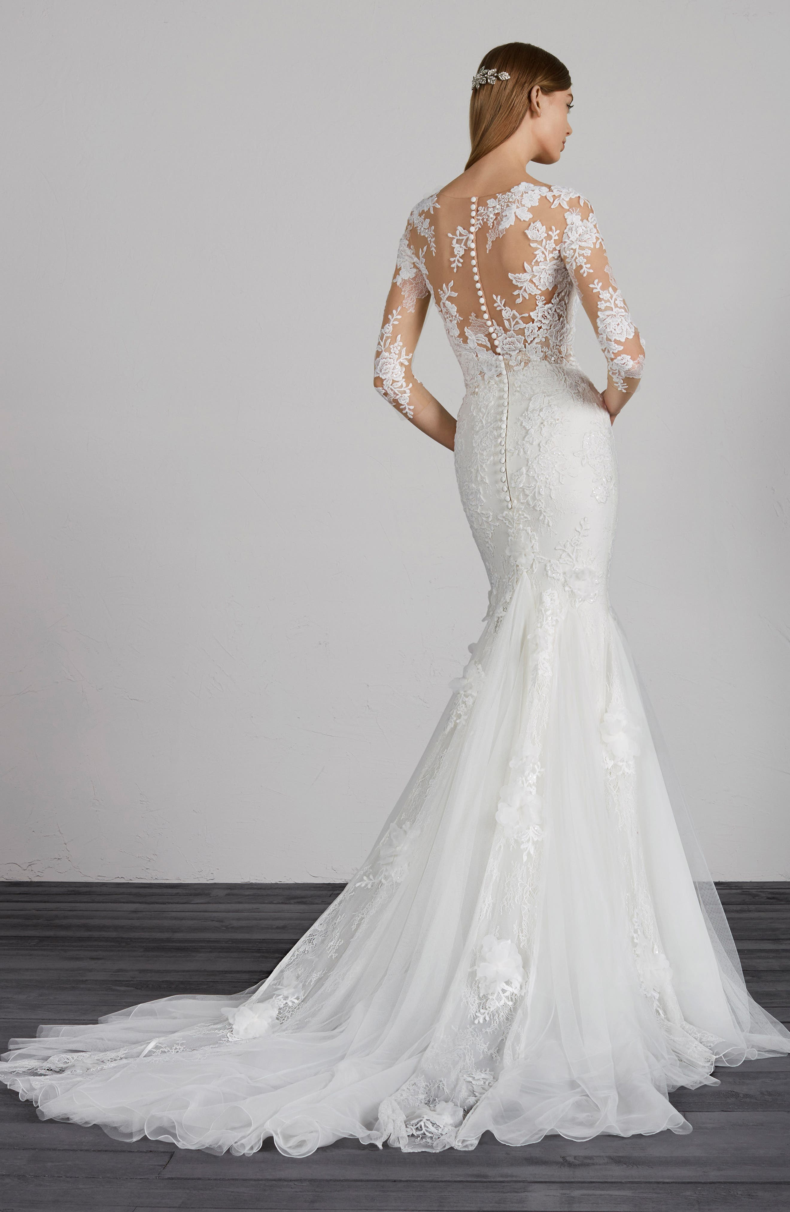 Maden Lace & Tulle Mermaid Gown,                             Alternate thumbnail 2, color,                             OFF WHITE/ CRST/ ND