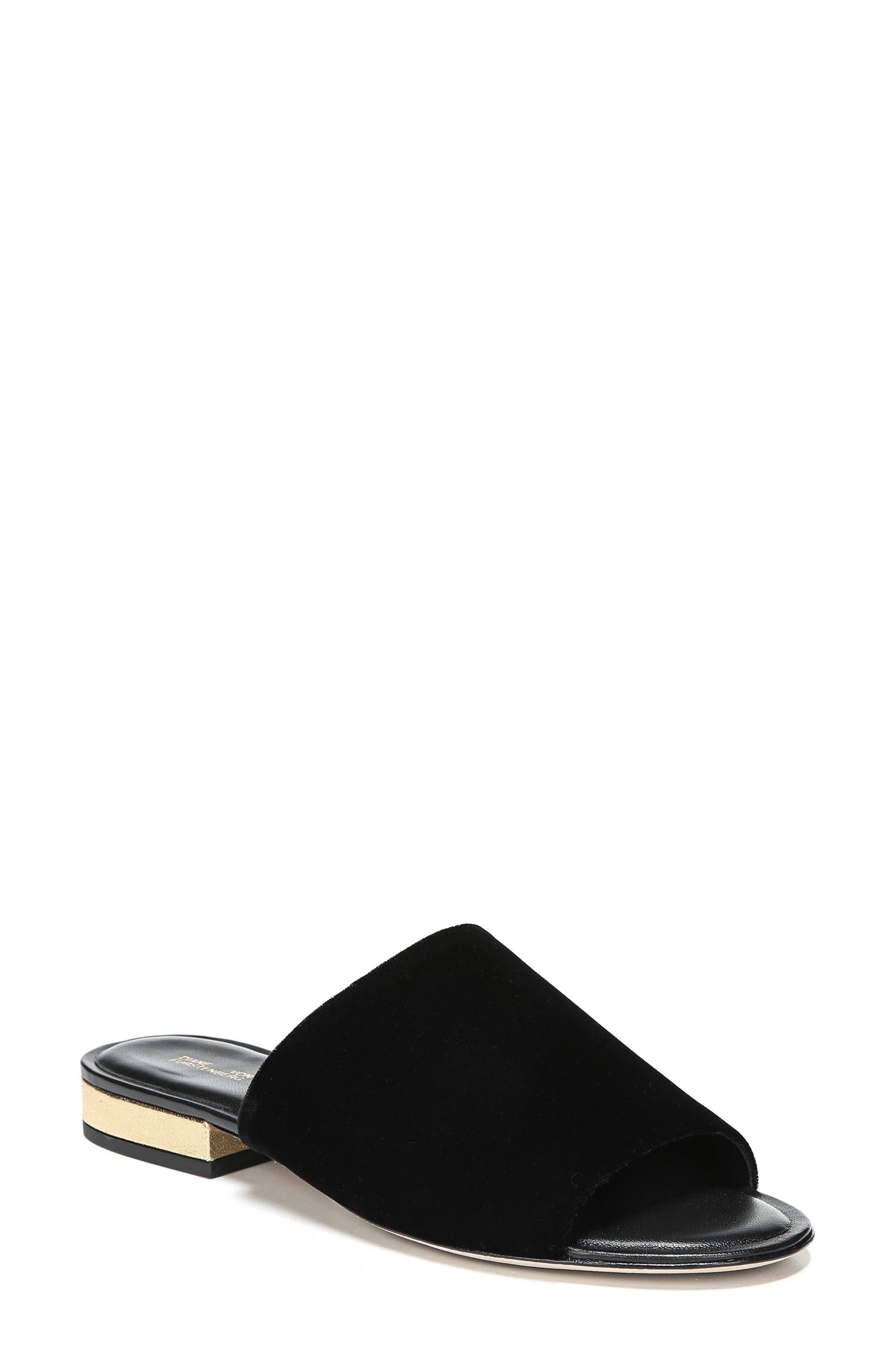 Samassi 1 Slide Sandal,                         Main,                         color, 001