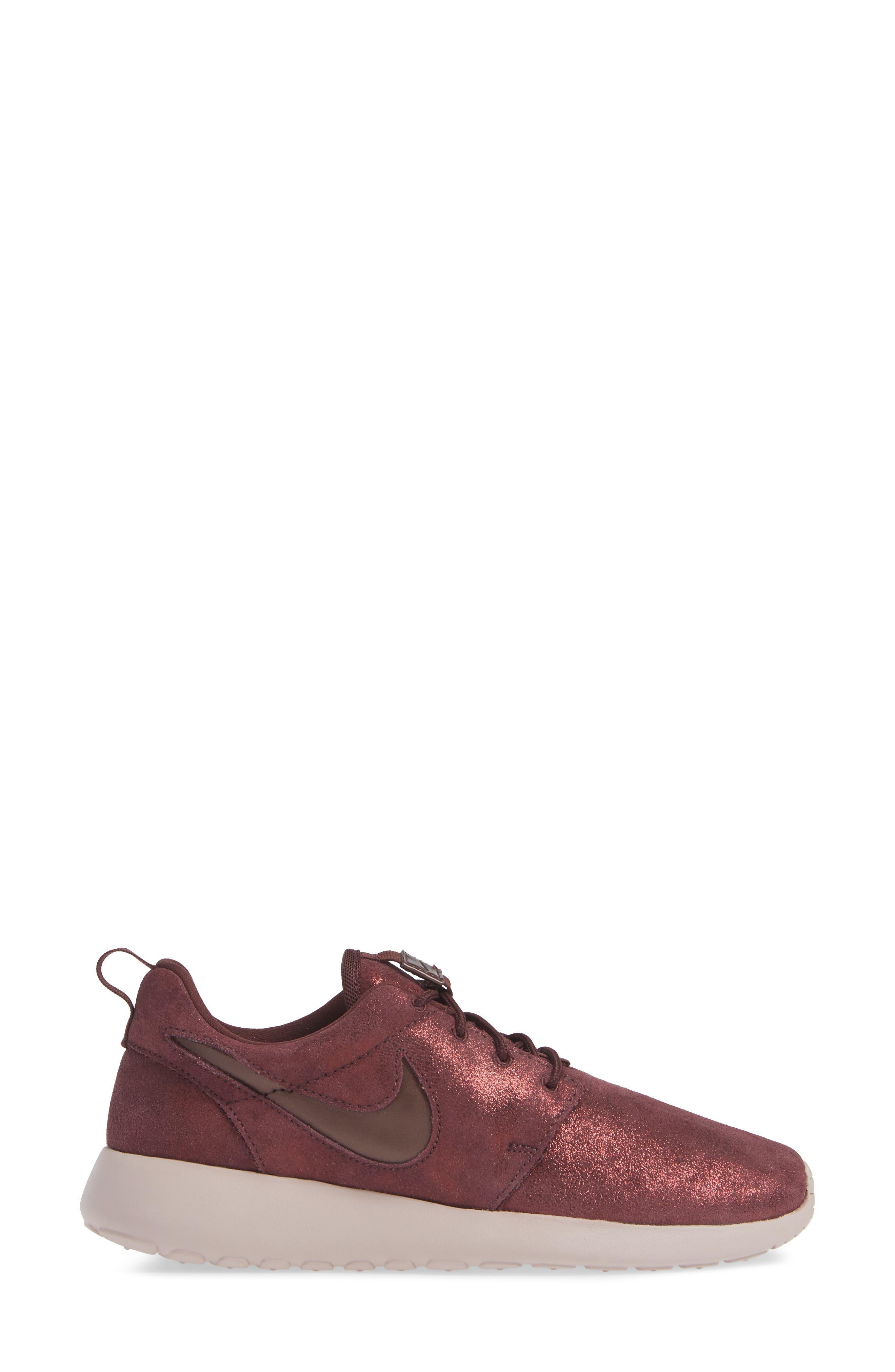 'Roshe Run' Print Sneaker,                             Alternate thumbnail 3, color,                             METALLIC MAHOGANY/ MAHOGANY