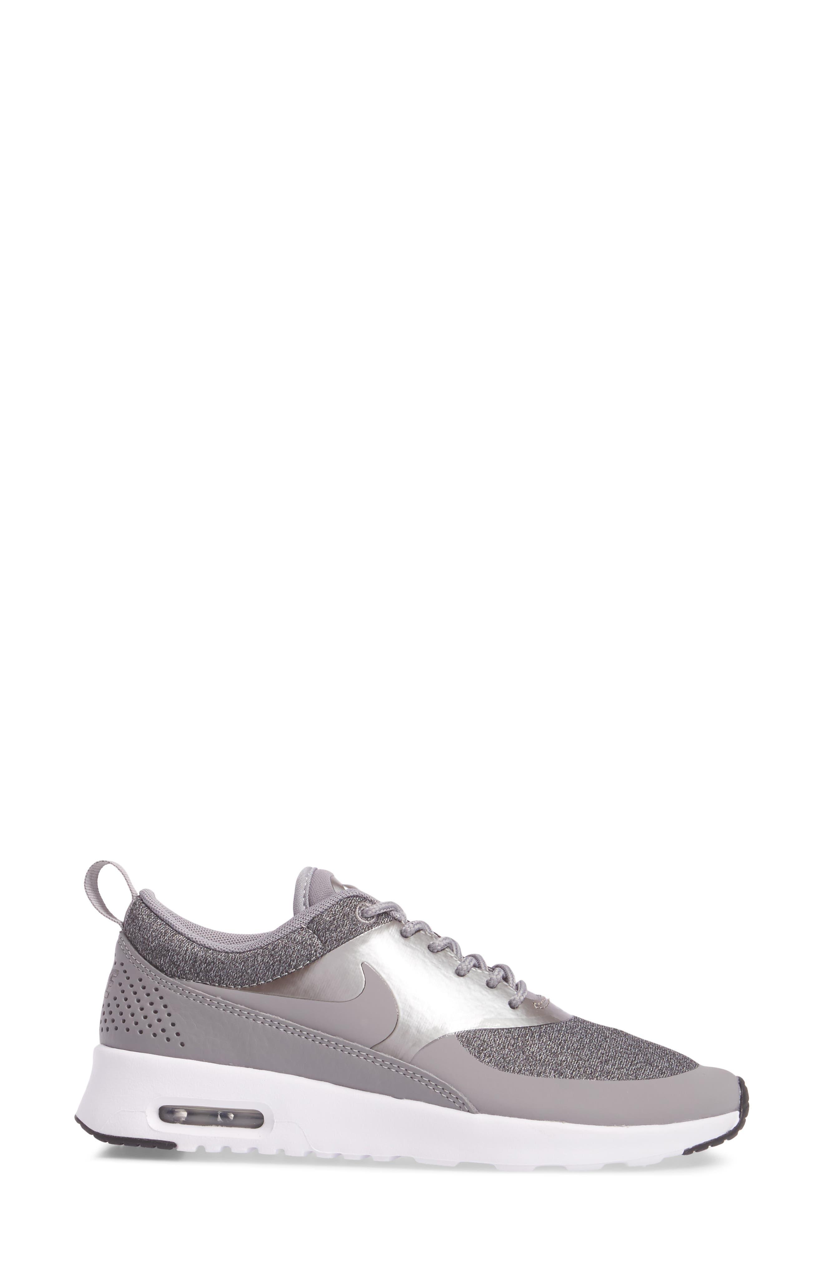 Air Max Thea Knit Sneaker,                             Alternate thumbnail 3, color,                             020
