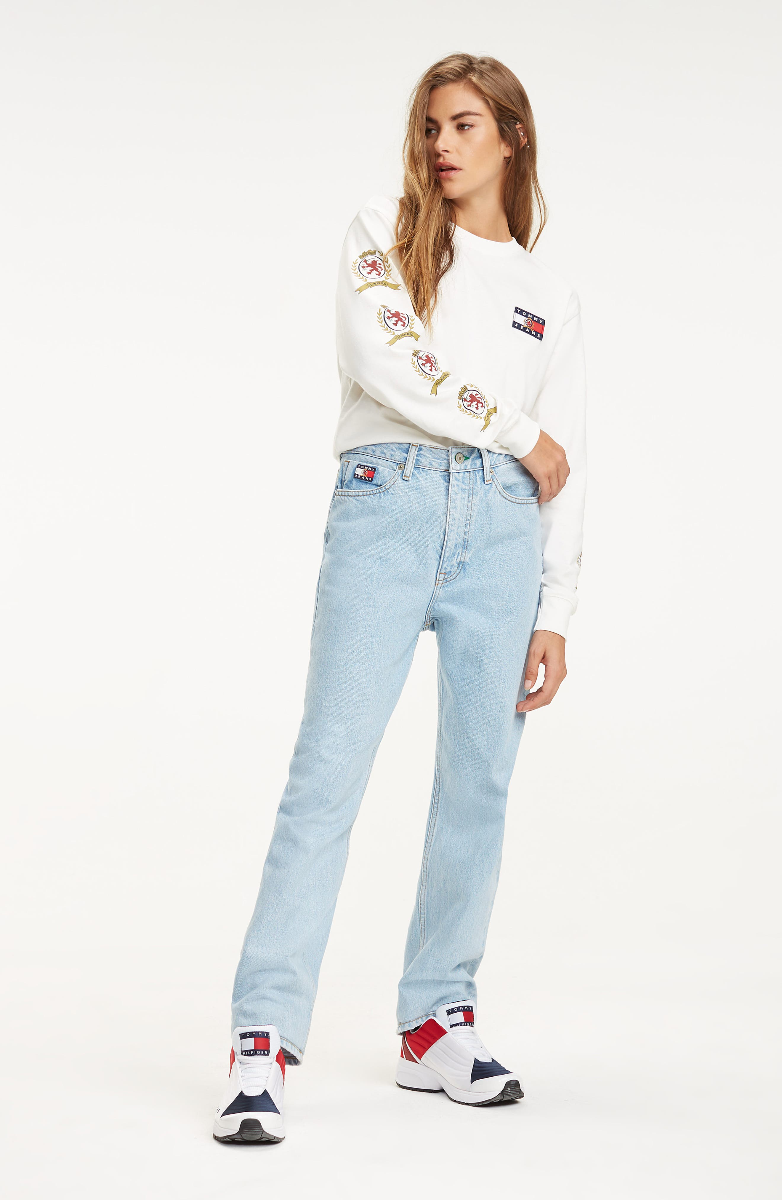 Crest Capsule Mom Jeans,                             Alternate thumbnail 5, color,                             LIGHT BLUE DENIM