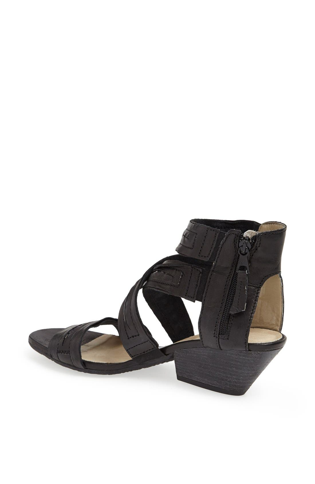 'Kenzie' Sandal,                             Alternate thumbnail 4, color,                             001