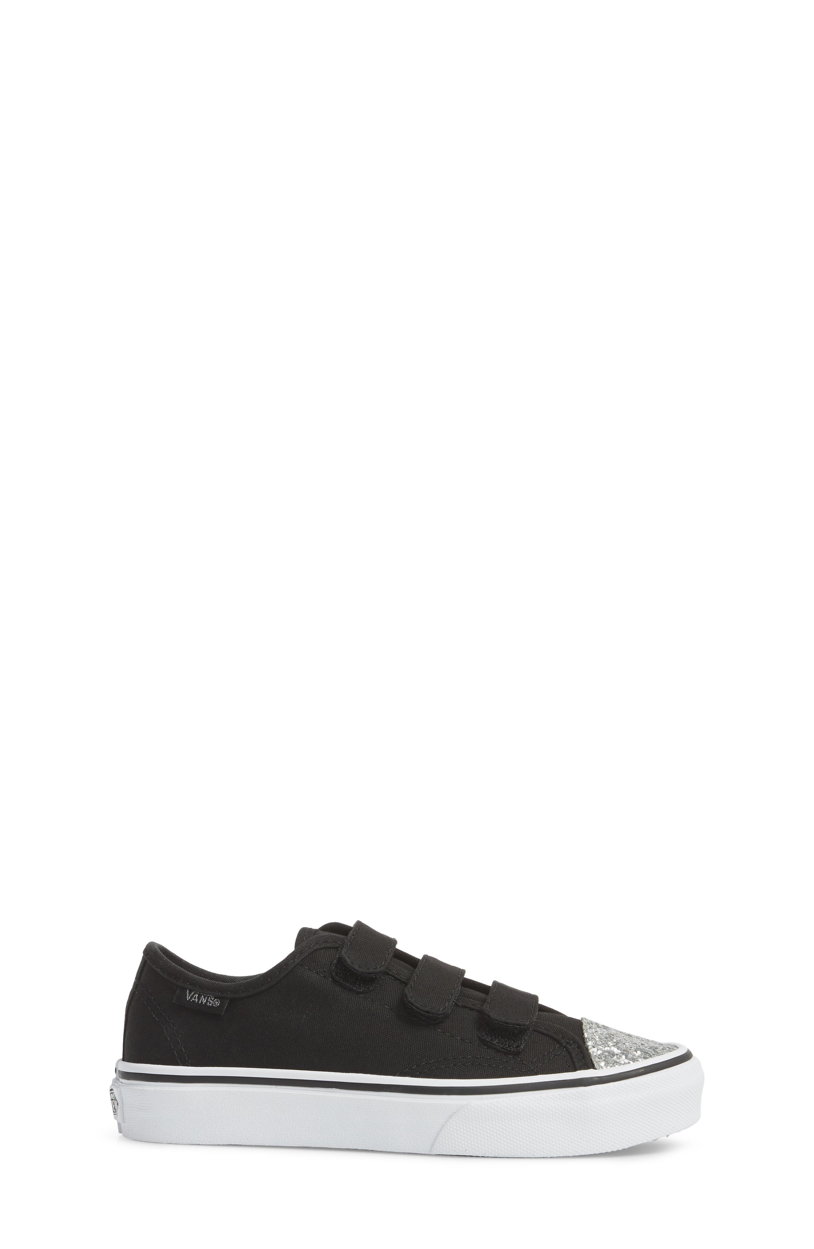 Style 23 V Sneaker,                             Alternate thumbnail 3, color,                             001
