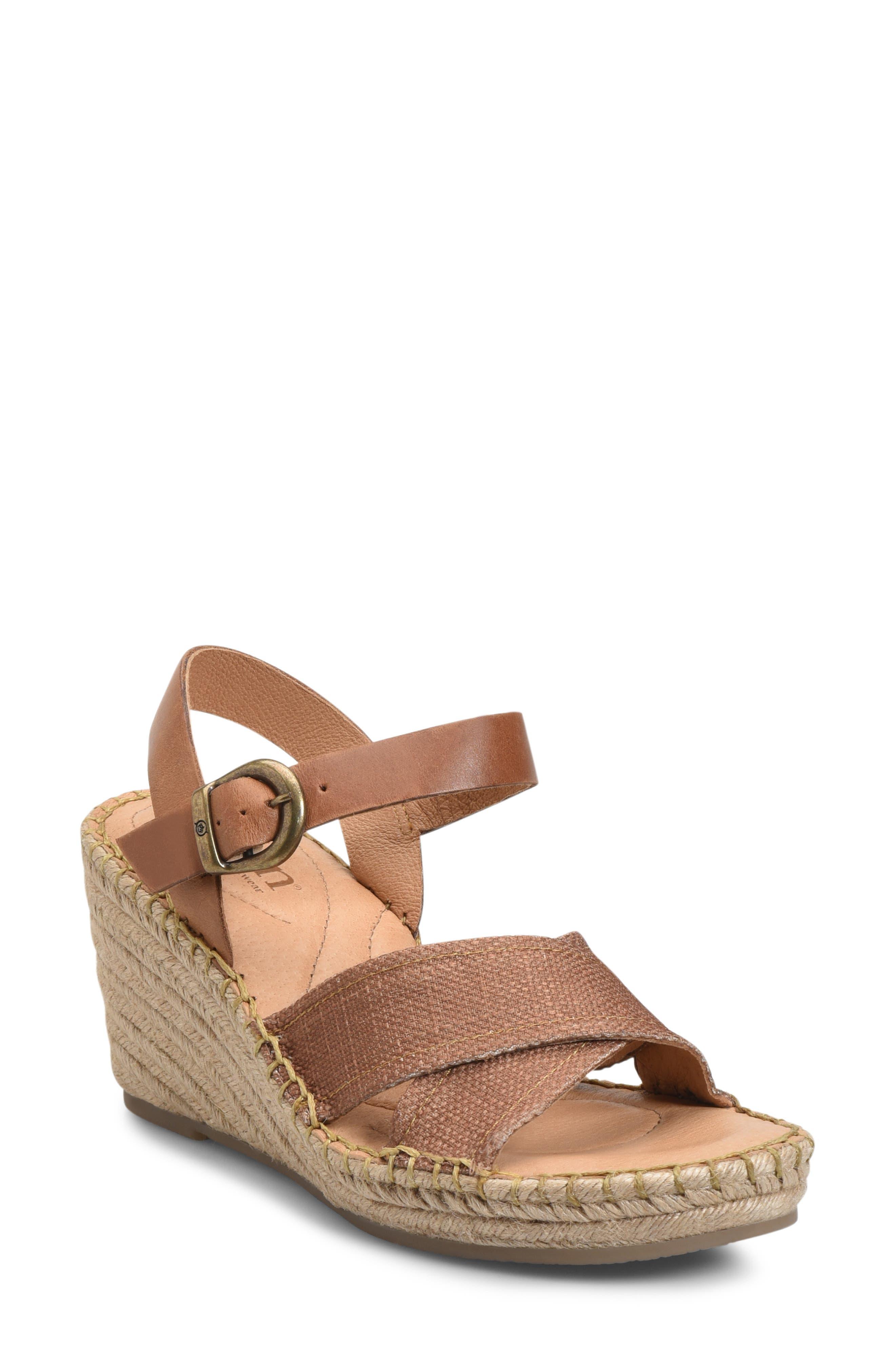 B?rn Payette Wedge Sandal, Brown