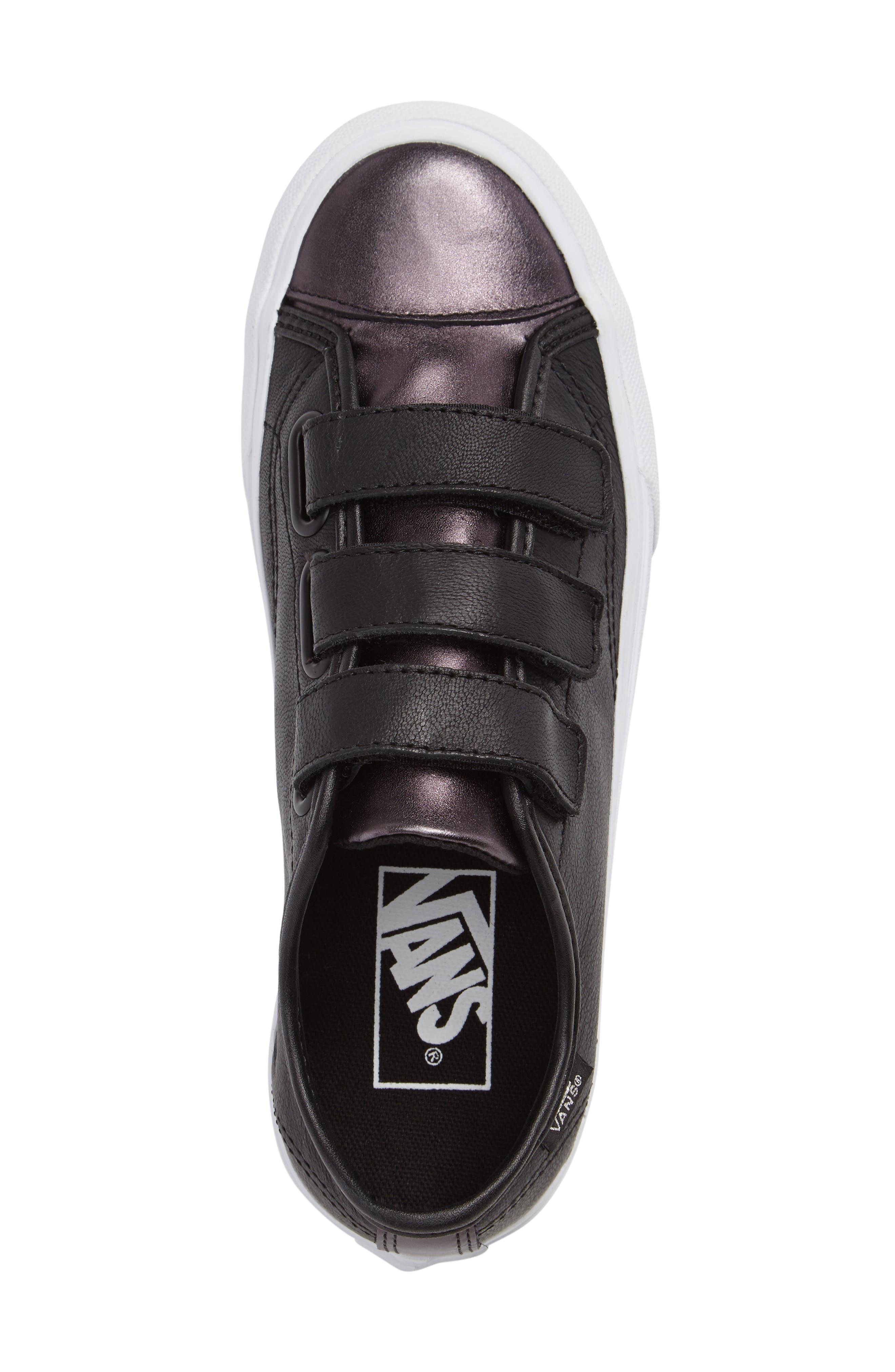 Style 23 V Sneaker,                             Alternate thumbnail 21, color,