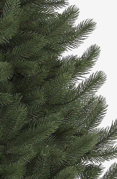 Balsam Hill tree.