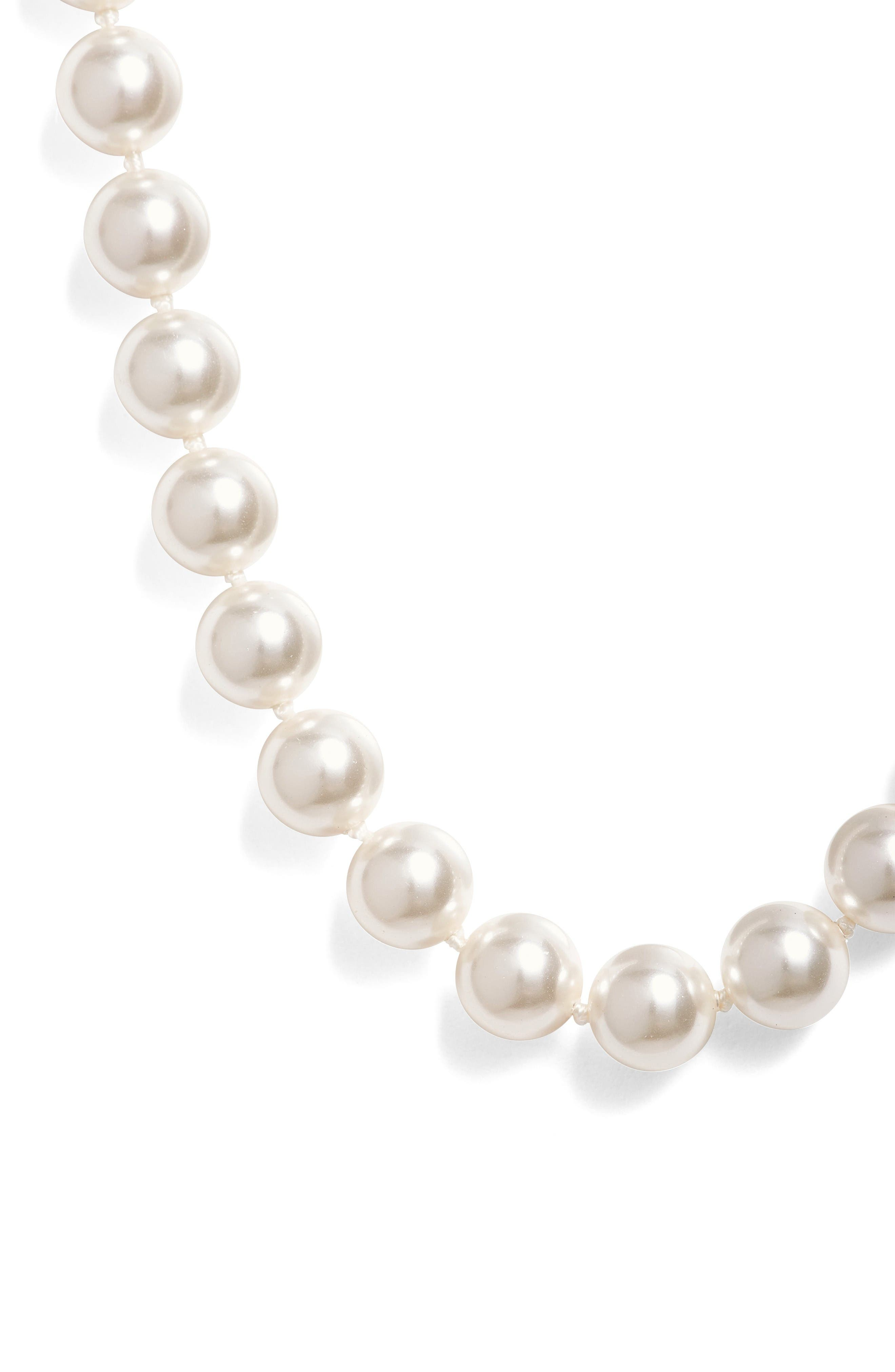 16-Inch Glass Pearl Strand Necklace,                             Alternate thumbnail 4, color,                             100