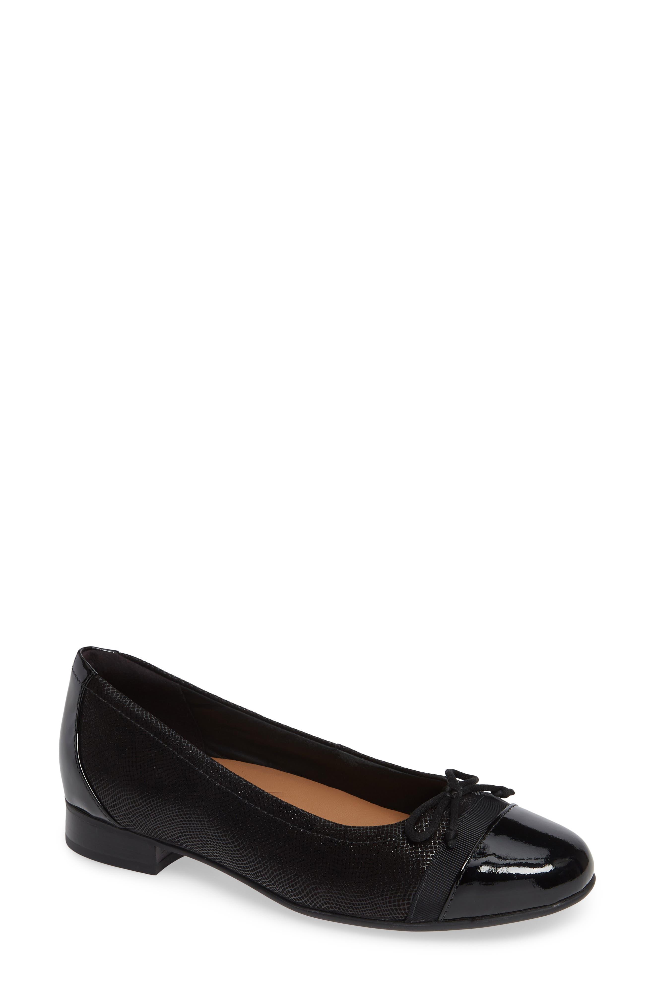 Un Blush Cap Toe Flat, Main, color, BLACK NUBUCK