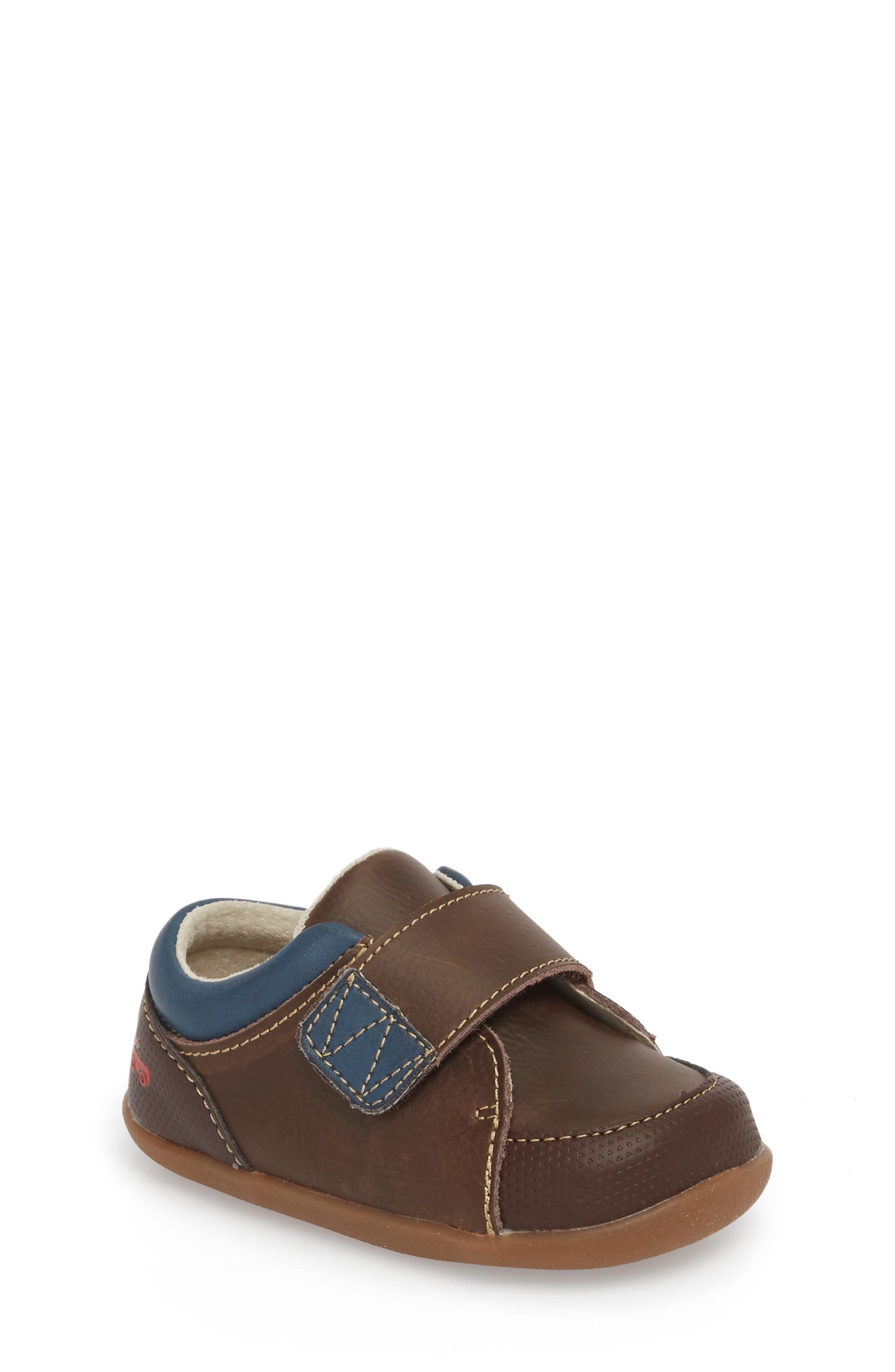 Graham Sneaker,                             Main thumbnail 1, color,                             BROWN