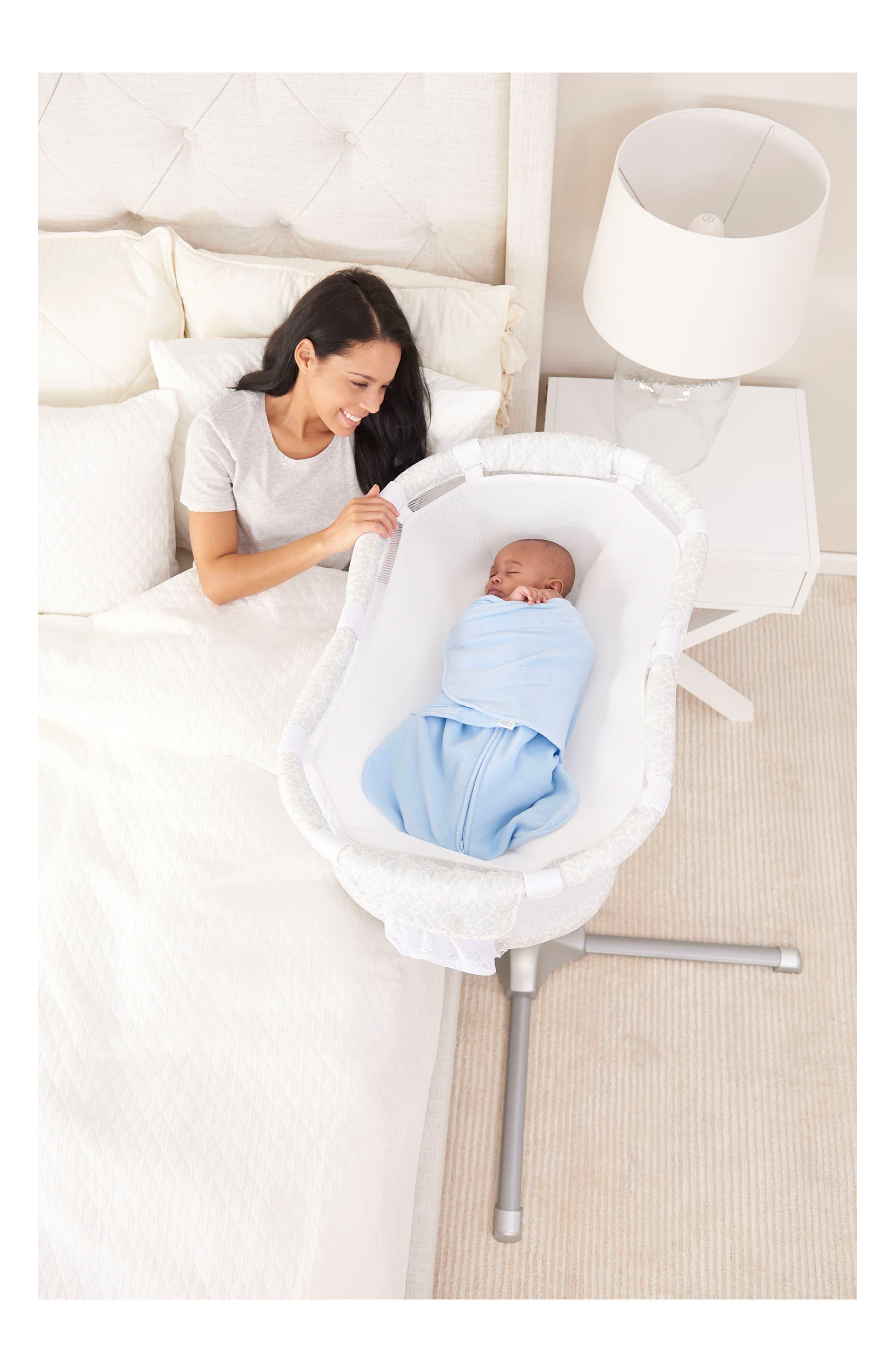 Newborn Cuddle Insert for Bassinest<sup>™</sup> Bedside Swivel Sleeper,                             Alternate thumbnail 4, color,                             WHITE MESH