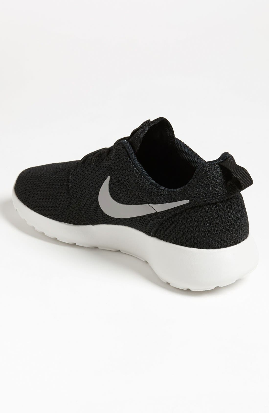 'Roshe Run' Sneaker,                             Alternate thumbnail 3, color,                             004