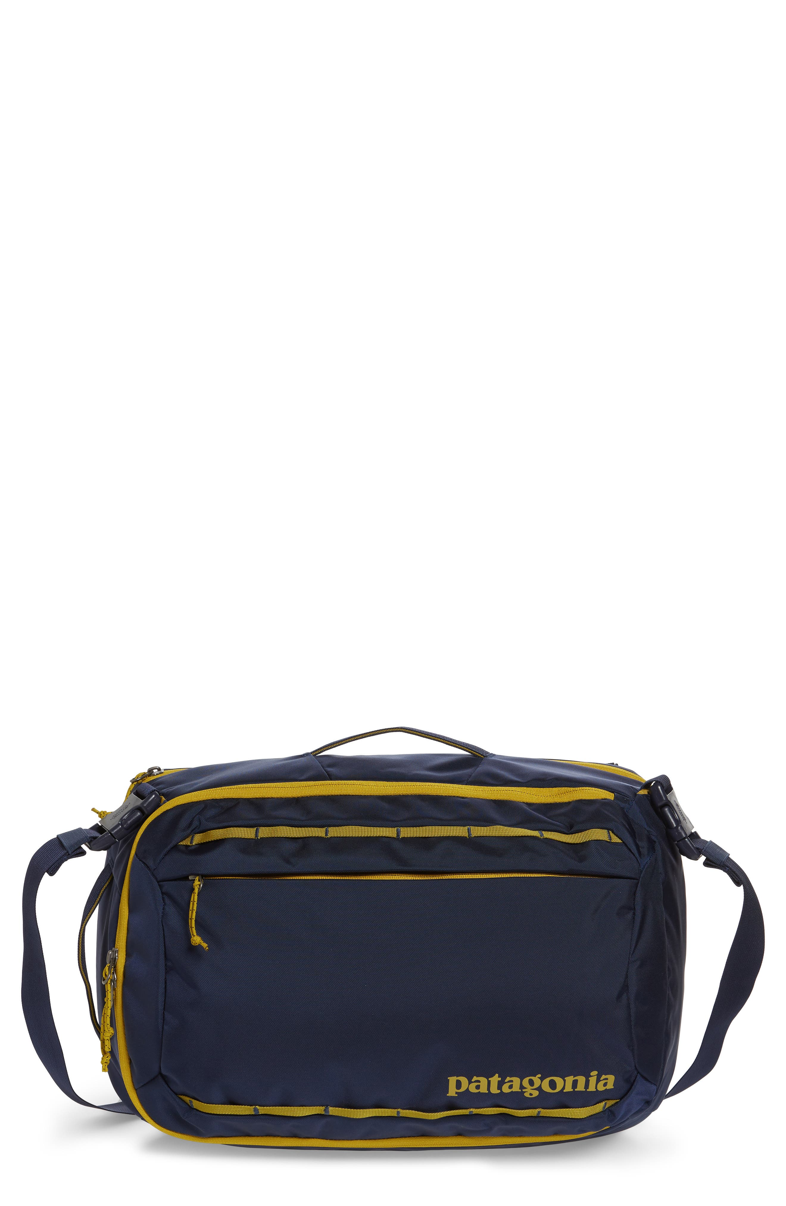 PATAGONIA Tres 25-Liter Convertible Backpack, Main, color, CLASSIC NAVY