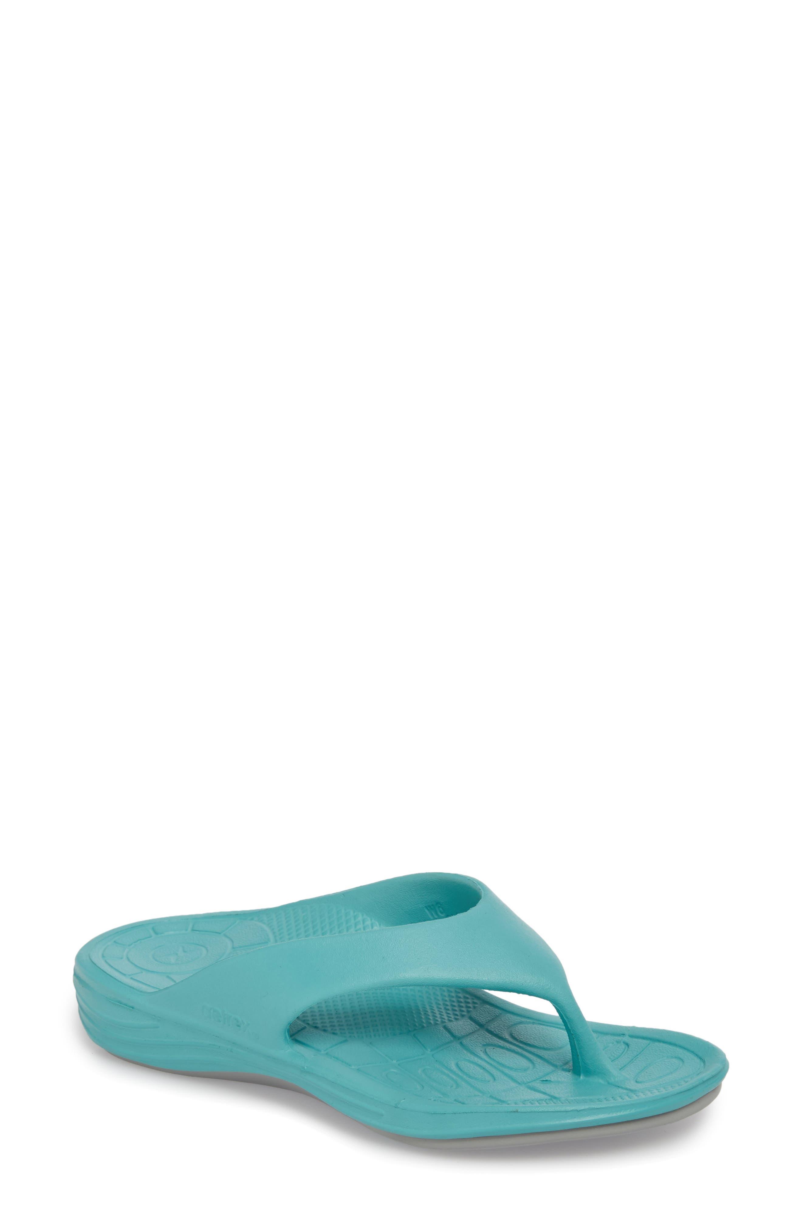 Aetrex Lynco Flip Flop, Blue