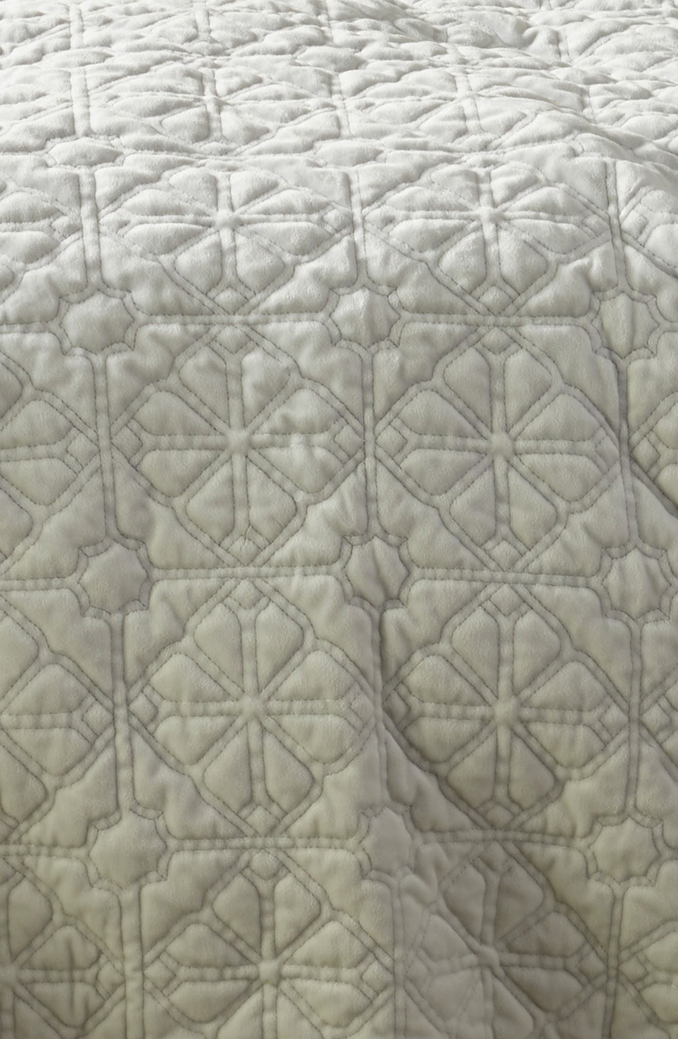 Washed Stitched Quilt,                             Alternate thumbnail 2, color,                             GREY VAPOR