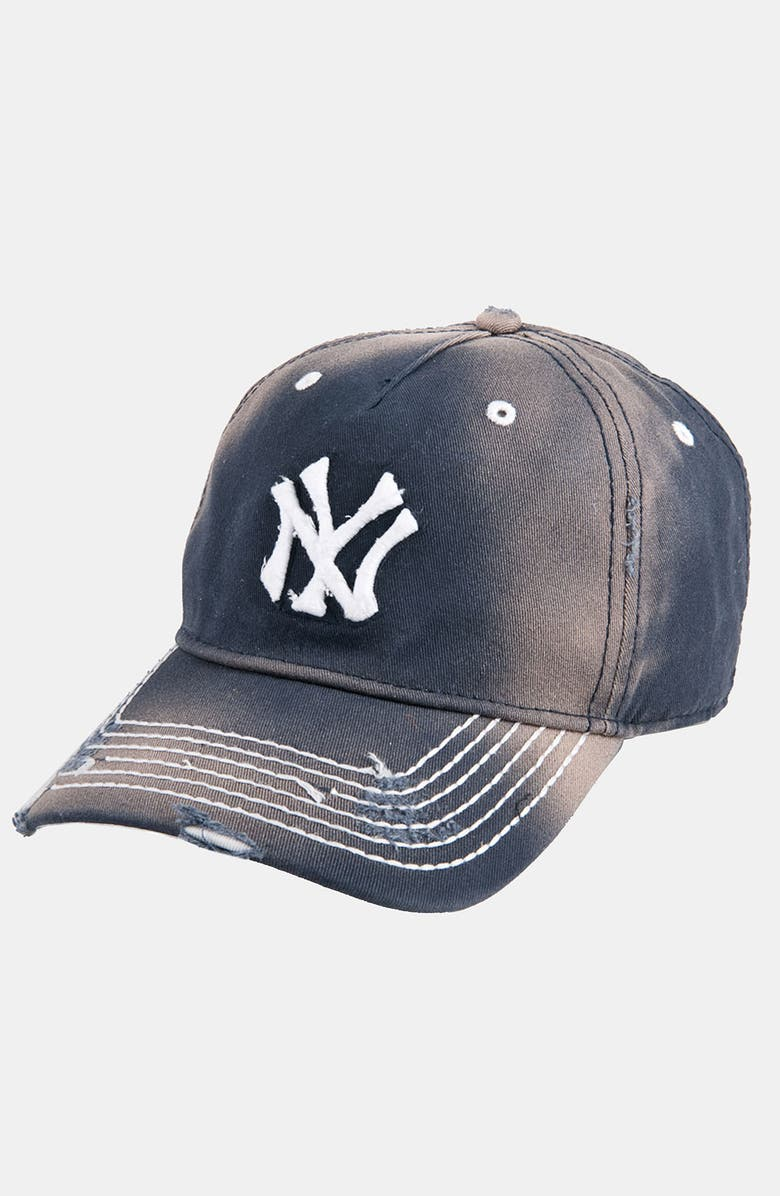 American Needle  New York Yankees  Distressed Cap  251e43dff8d