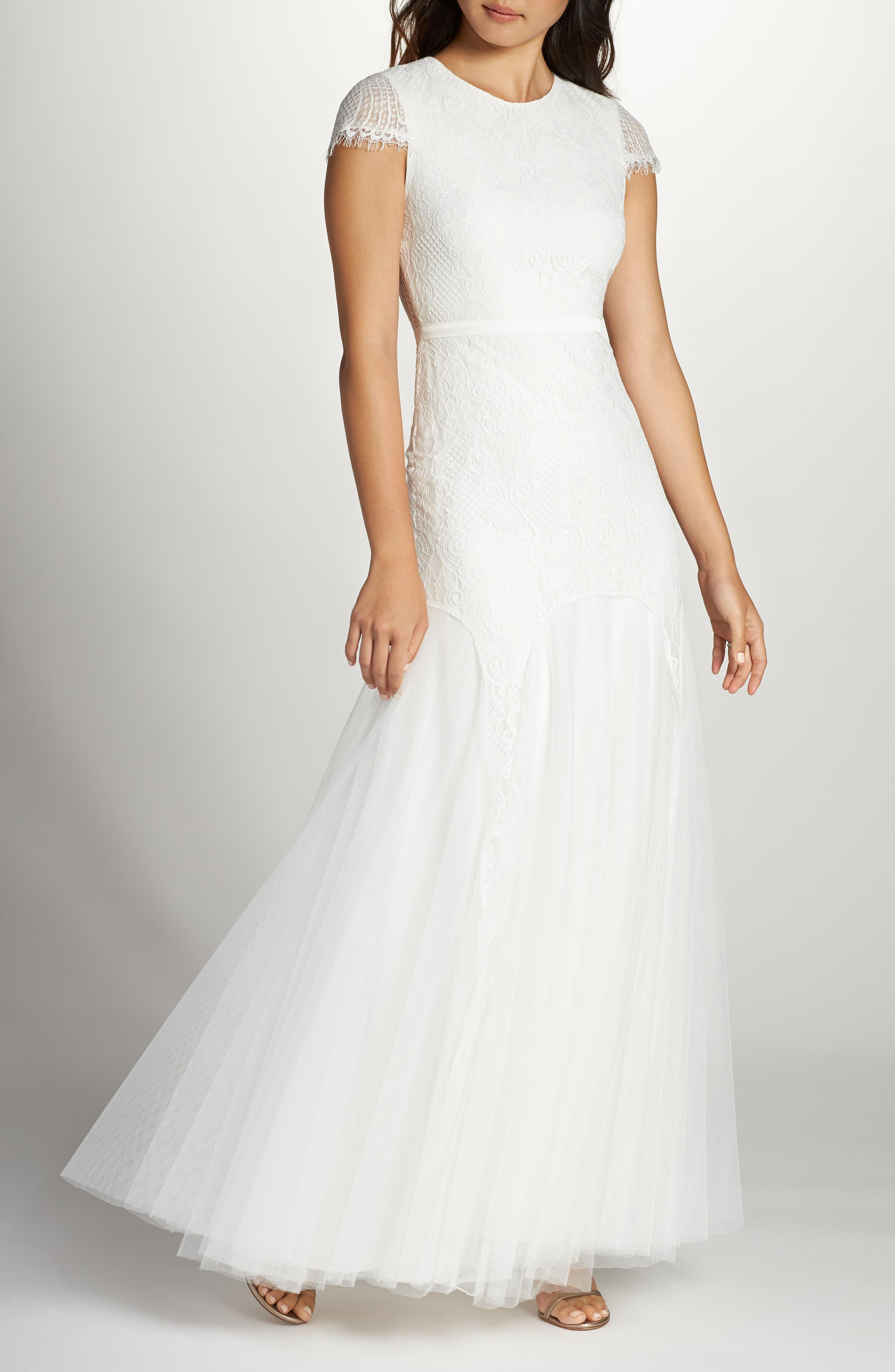 Fame & Partners Denevue Lace & Tulle A-Line Gown, White
