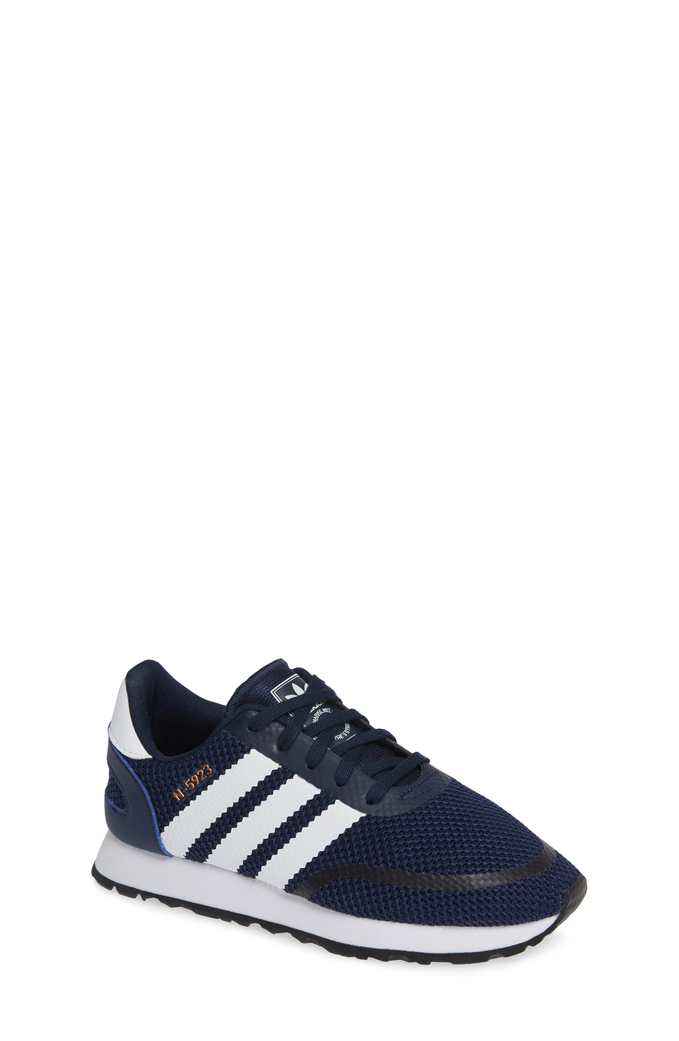 N-5923 Classic Sneaker,                         Main,                         color, COLLEGIATE NAVY / WHITE