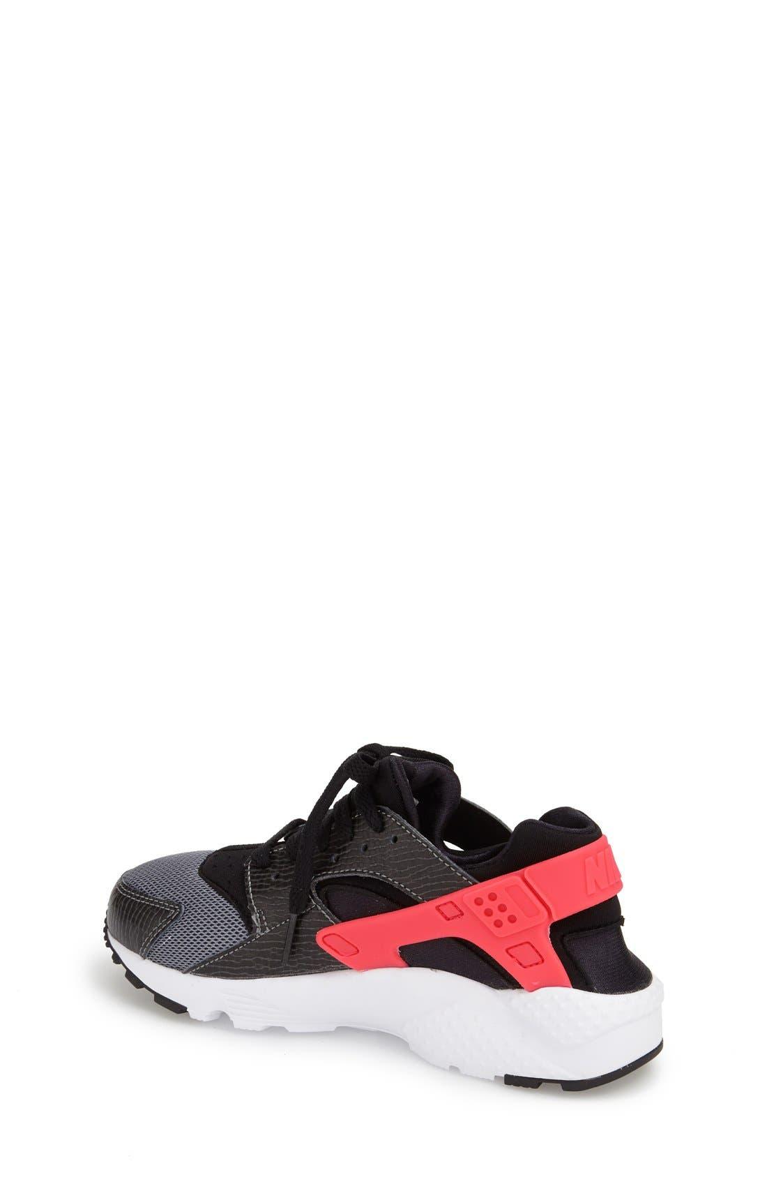 NIKE,                             'Huarache' Sneaker,                             Alternate thumbnail 3, color,                             010