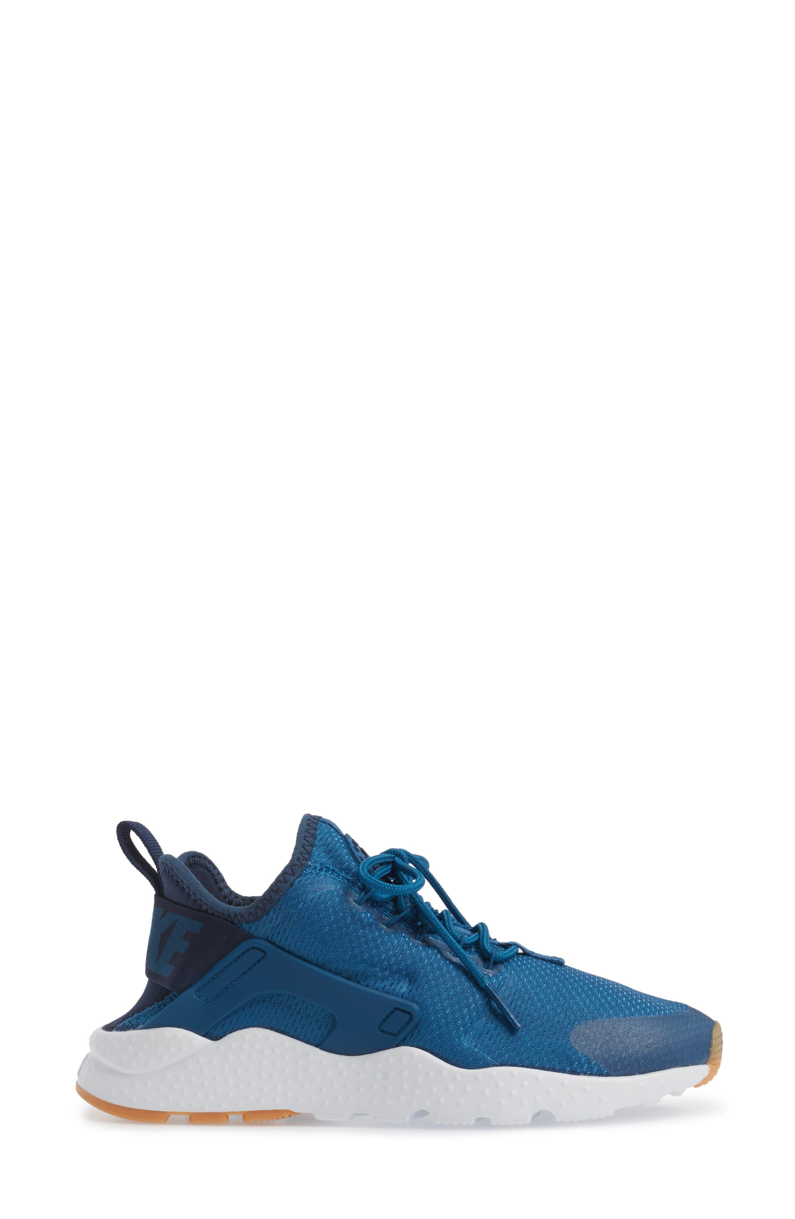 Air Huarache Sneaker,                             Alternate thumbnail 110, color,