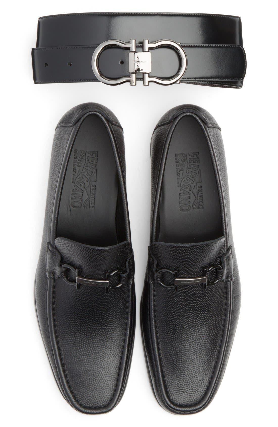 'Regal' Pebbled Leather Loafer,                             Alternate thumbnail 4, color,                             001