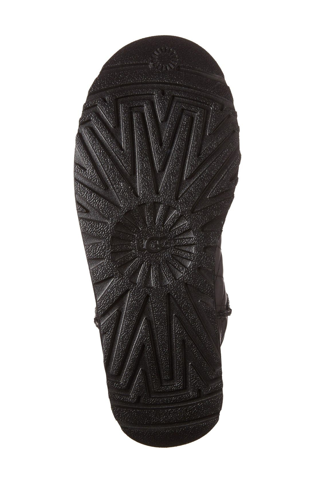 UGG<SUP>®</SUP>,                             Classic Short Quilted Boot,                             Alternate thumbnail 4, color,                             001