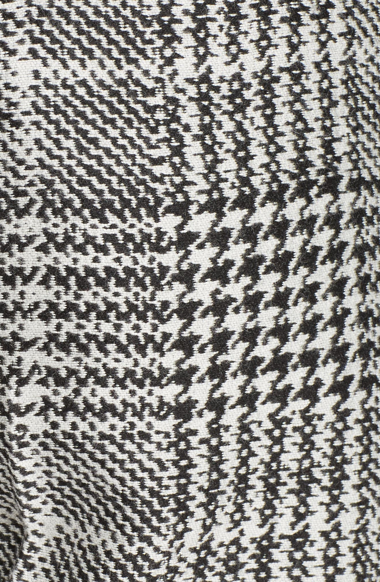 Prince of Wales Print Crop Pants,                             Alternate thumbnail 5, color,                             008