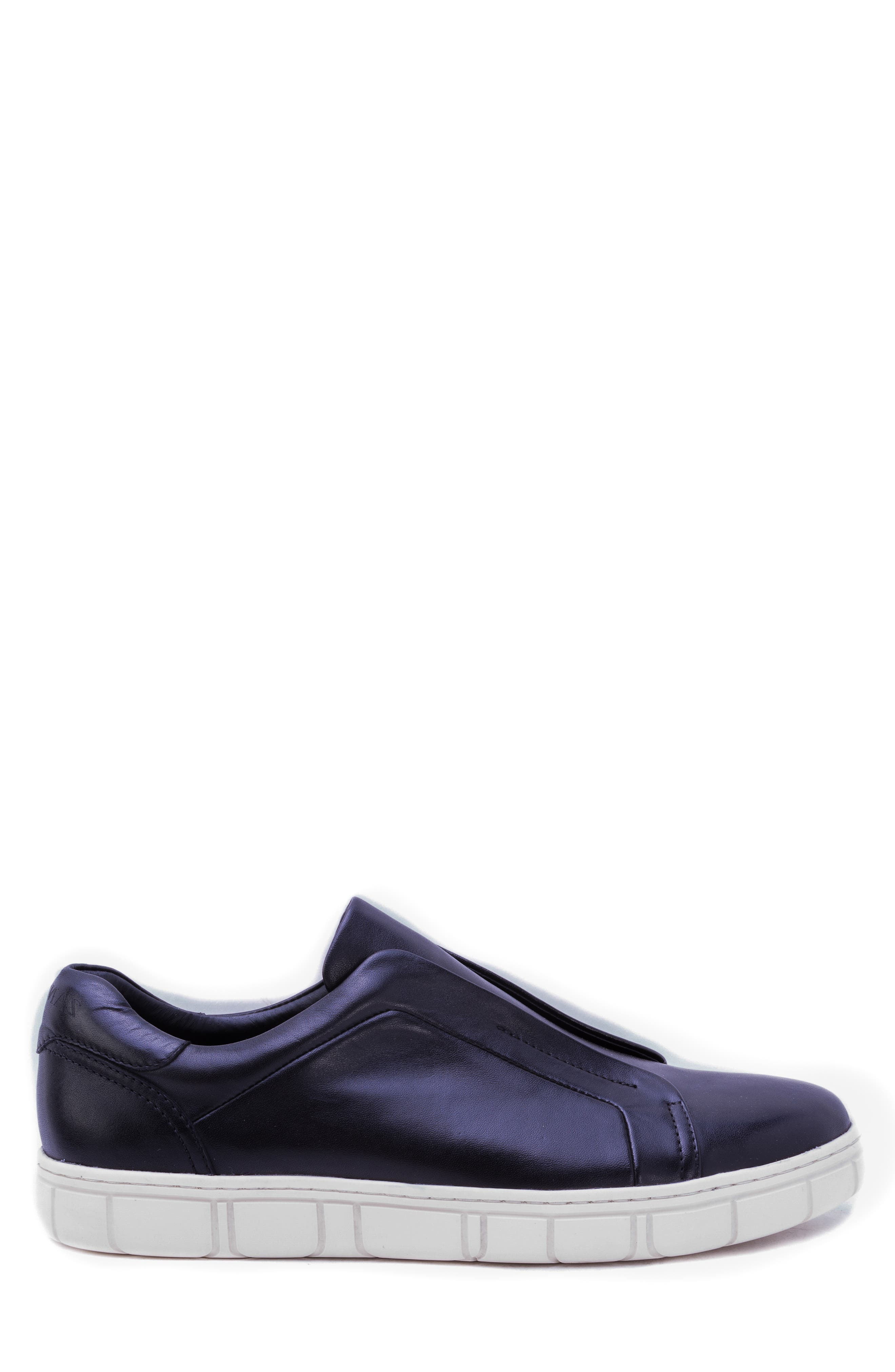 Sorgh Laceless Sneaker,                             Alternate thumbnail 3, color,                             BLACK LEATHER