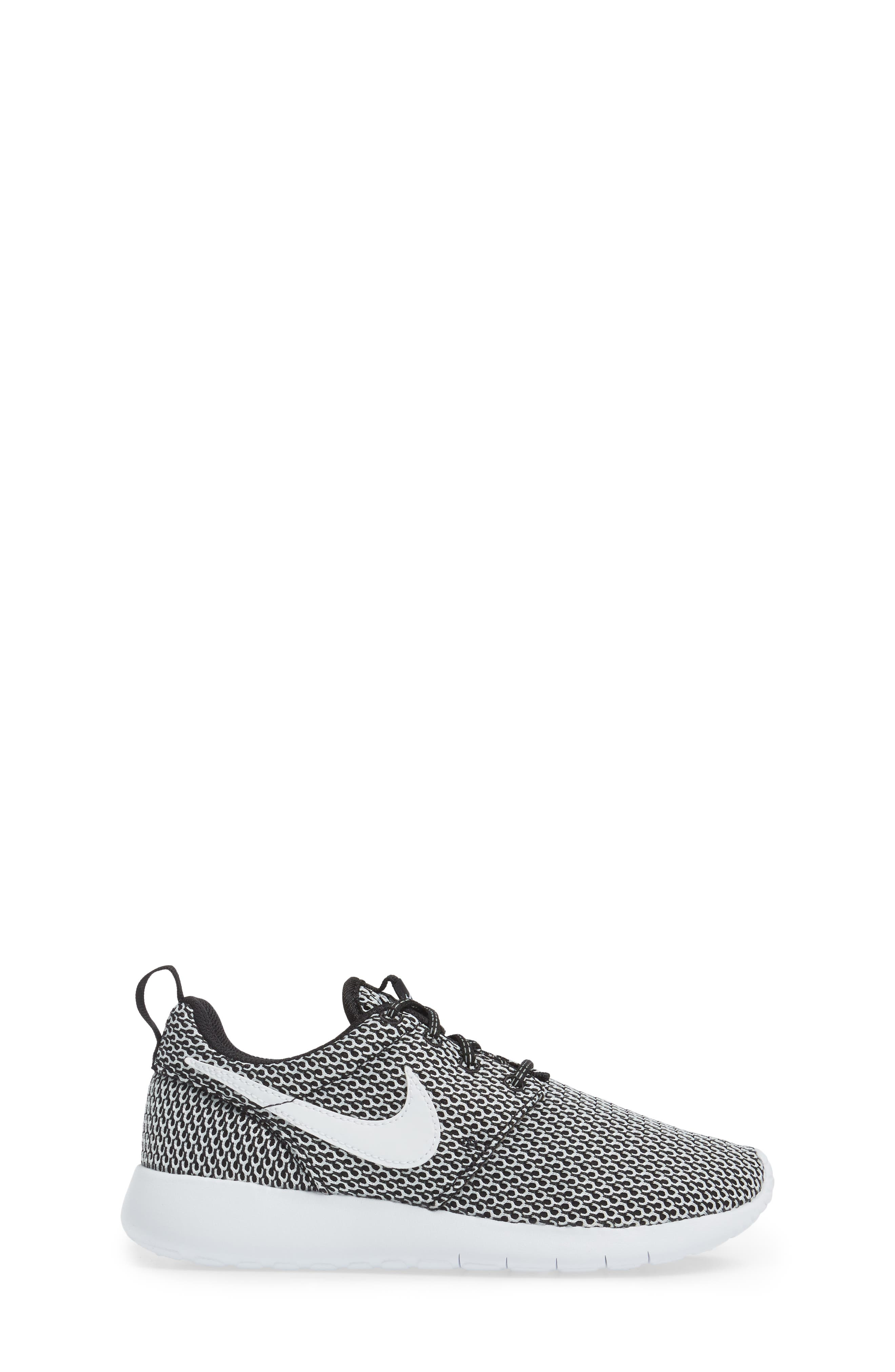 'Roshe Run' Sneaker,                             Alternate thumbnail 115, color,