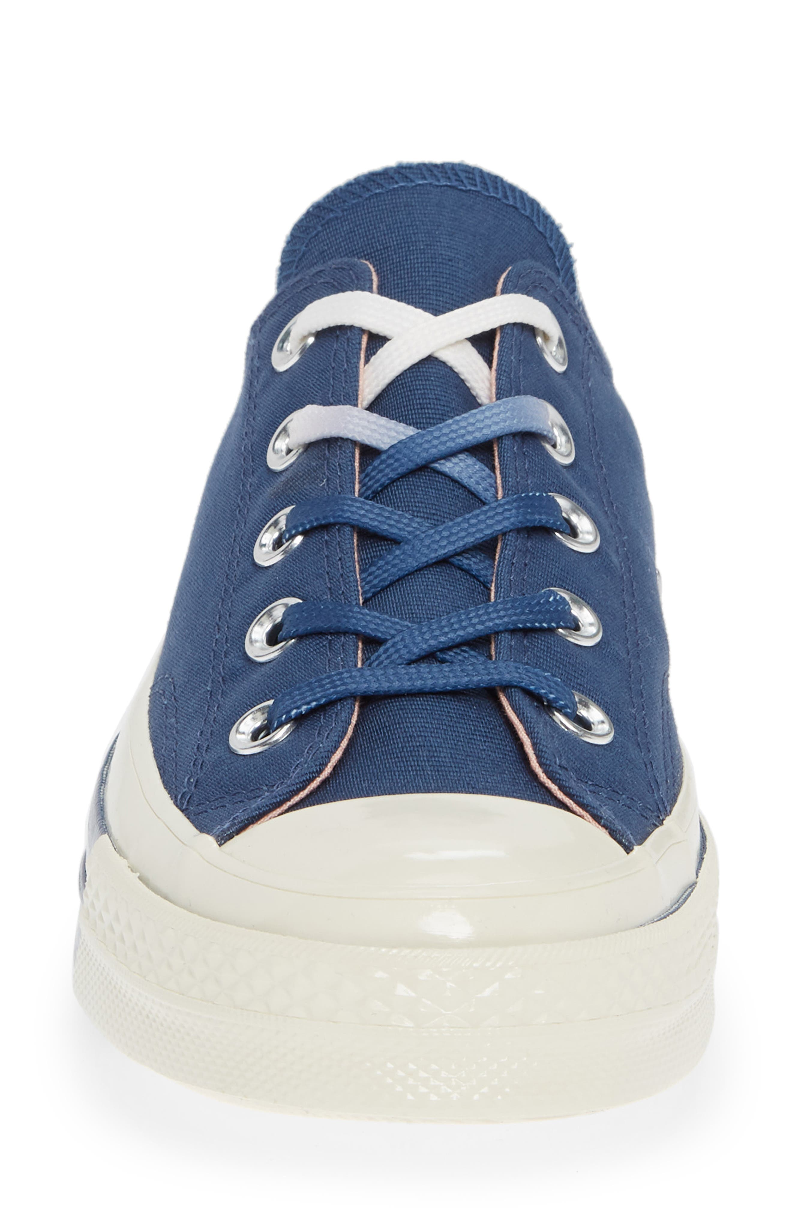 Chuck Taylor<sup>®</sup> All Star<sup>®</sup> 70 Colorblock Low Top Sneaker,                             Alternate thumbnail 4, color,                             MASON BLUE