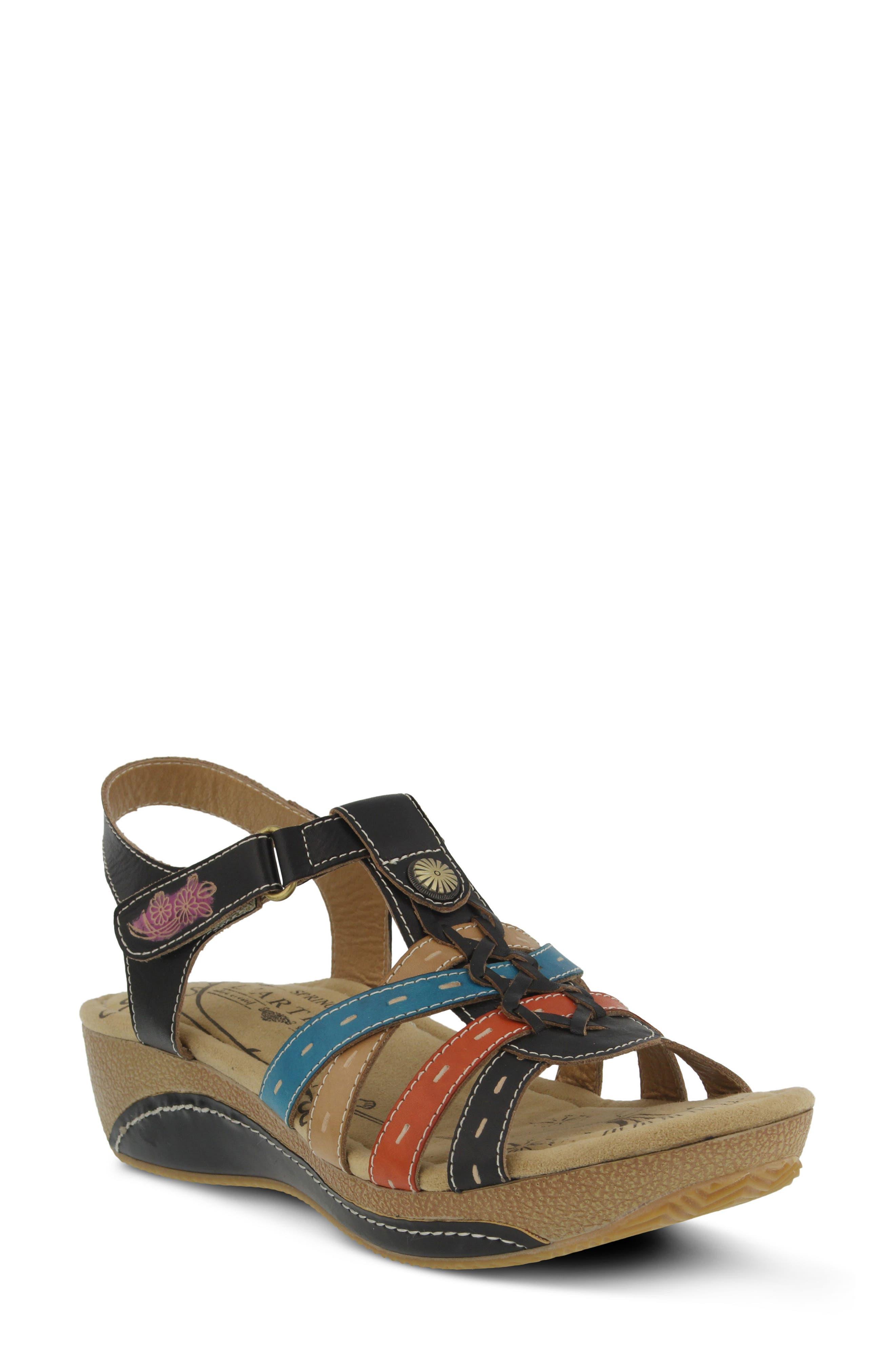 L'Artiste Cloe Sandal,                         Main,                         color, BLACK LEATHER