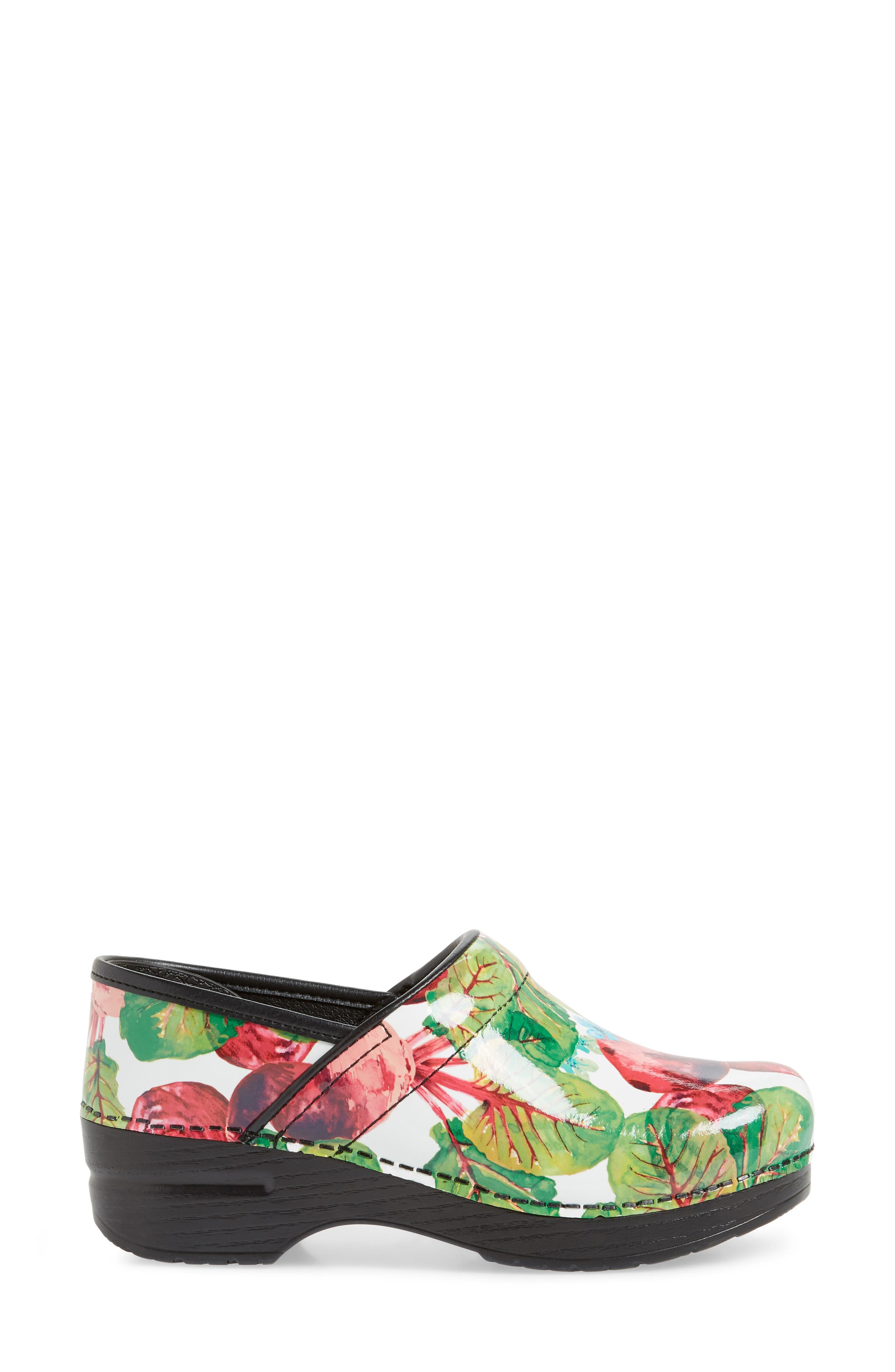 'Professional' Clog,                             Alternate thumbnail 3, color,                             BEETS PATENT LEATHER