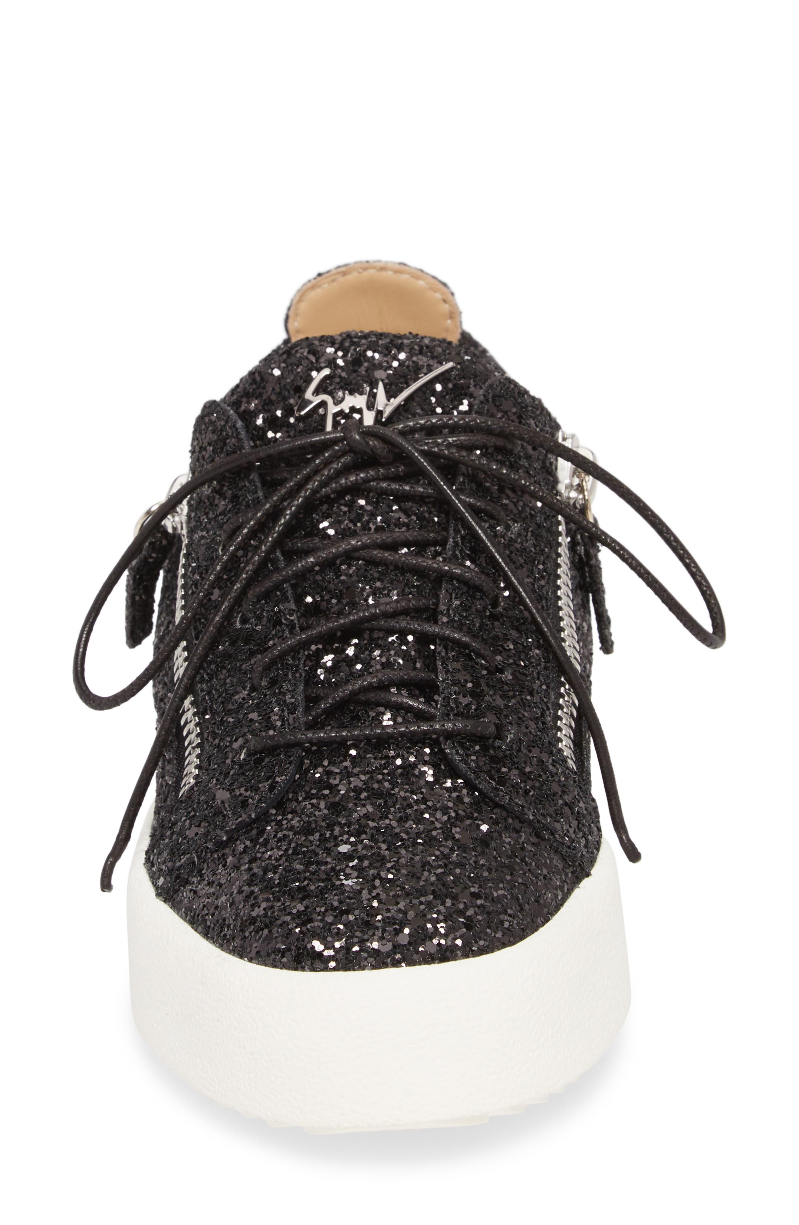 May London Low Top Sneaker,                             Alternate thumbnail 4, color,                             BLACK