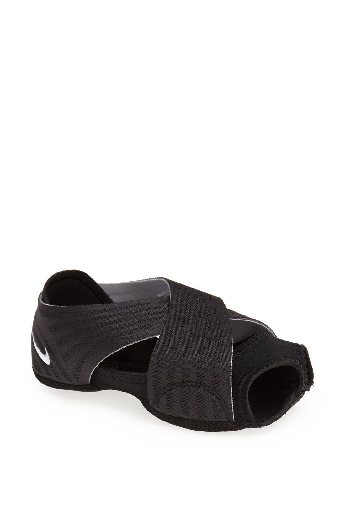 'Studio Wrap 2' Yoga Training Shoe,                             Main thumbnail 1, color,                             010