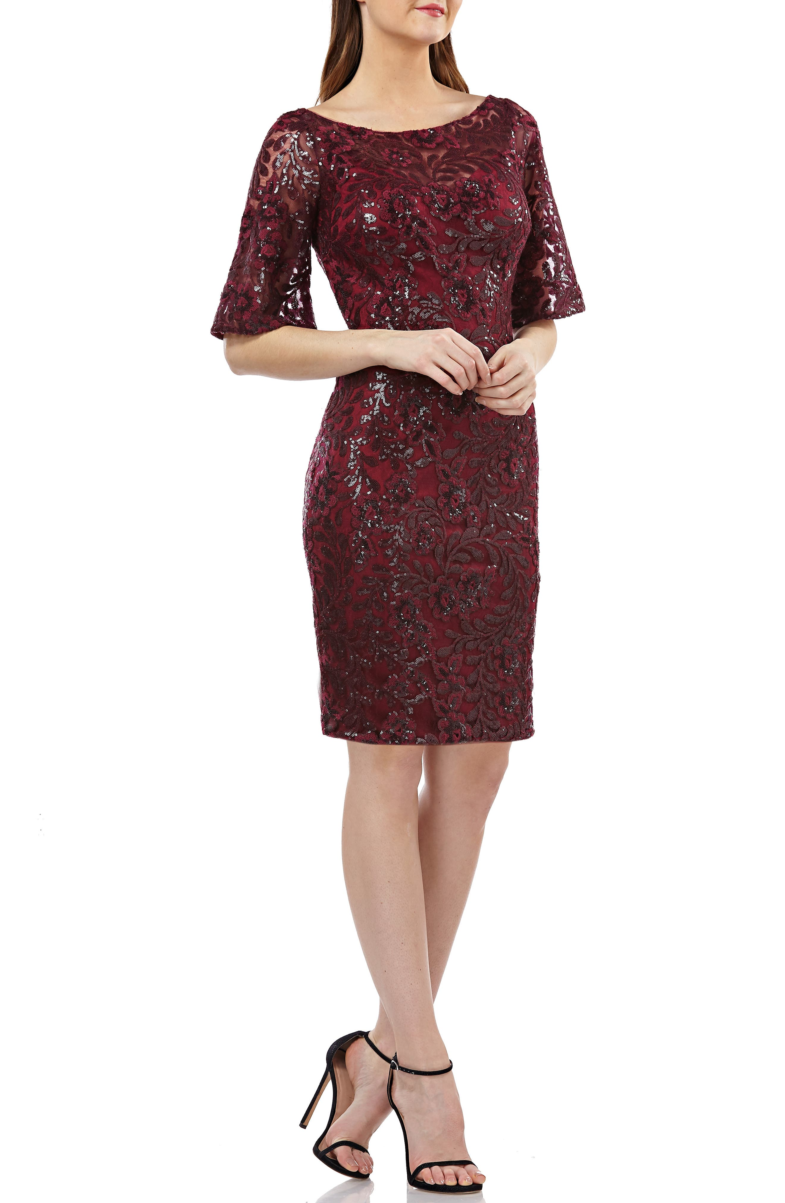 CARMEN MARC VALVO INFUSION V-Back Sequin Lace Cocktail Dress in Burgundy