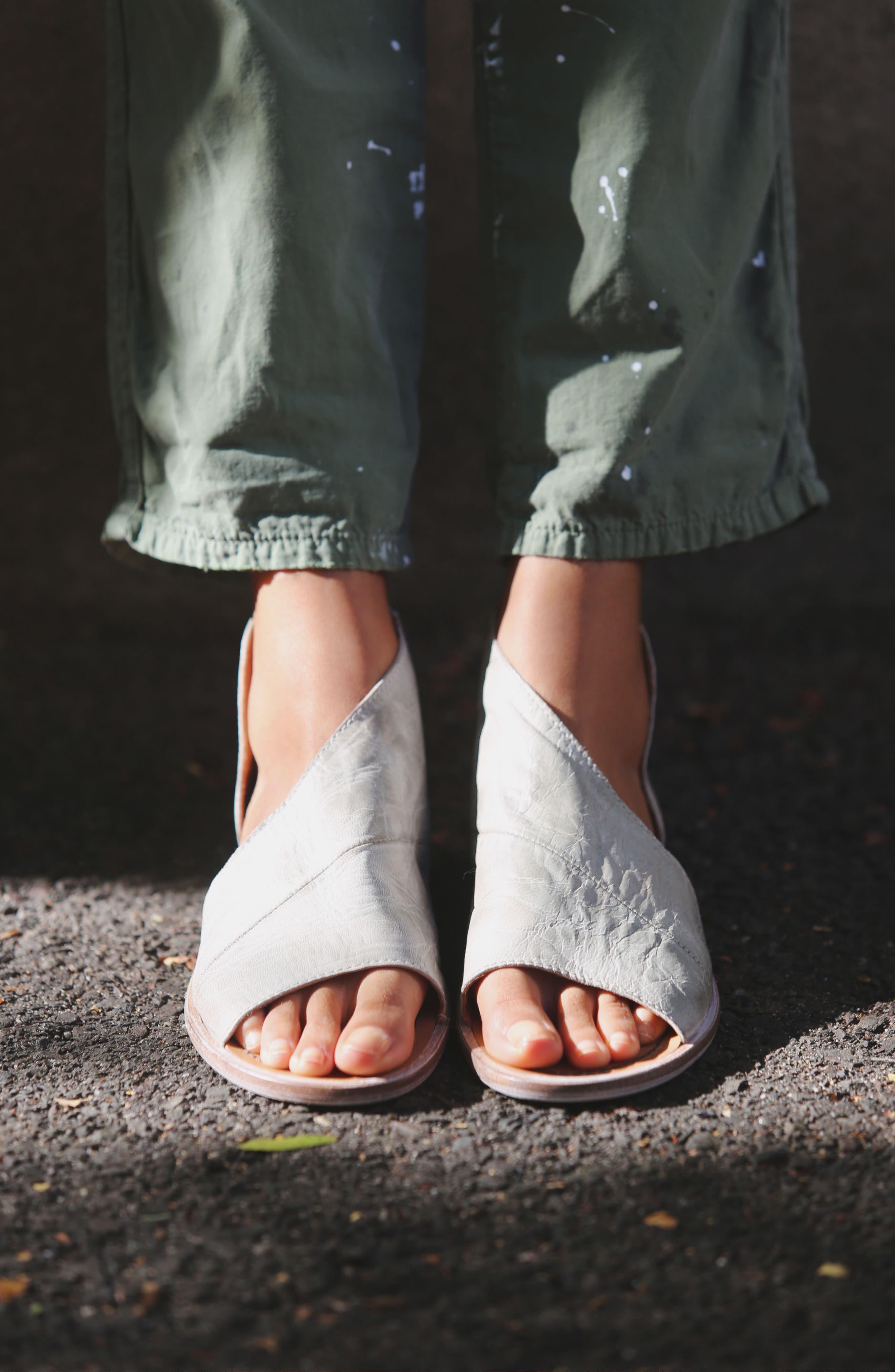 'Mont Blanc' Asymmetrical Sandal,                             Alternate thumbnail 91, color,