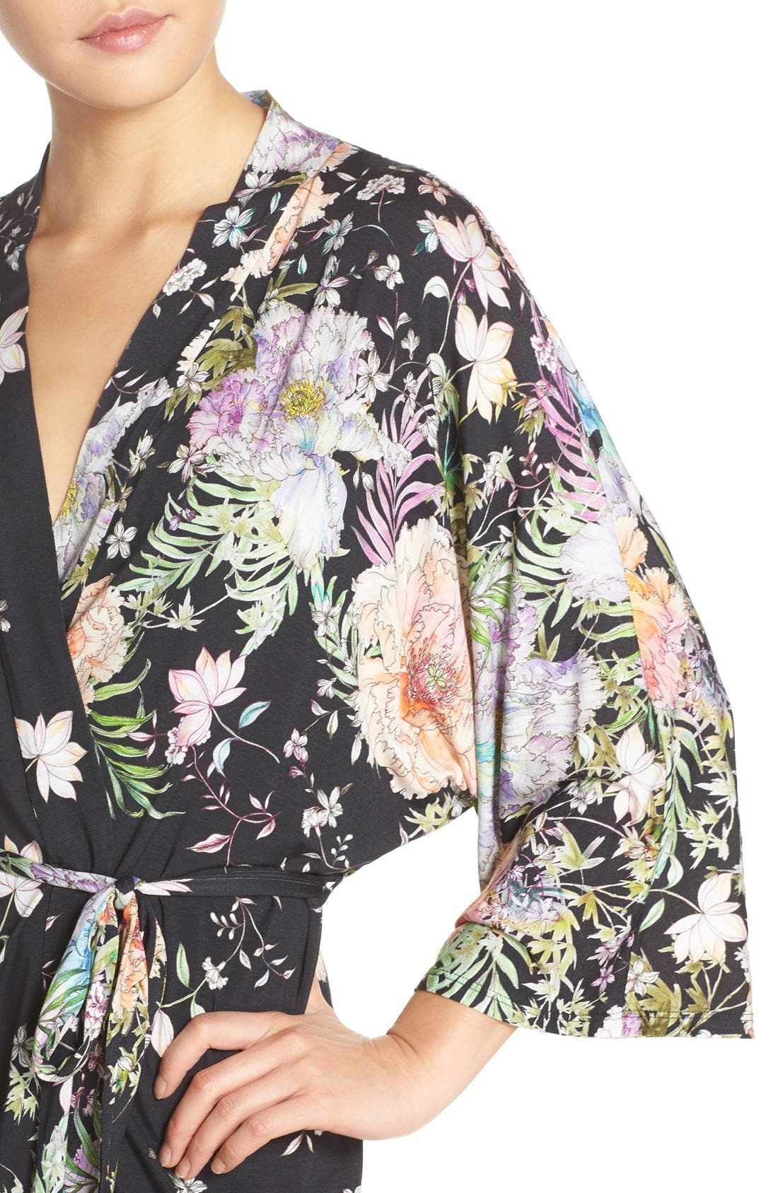 FLORA NIKROOZ,                             'Magnolia' Knit Short Robe,                             Alternate thumbnail 4, color,                             001