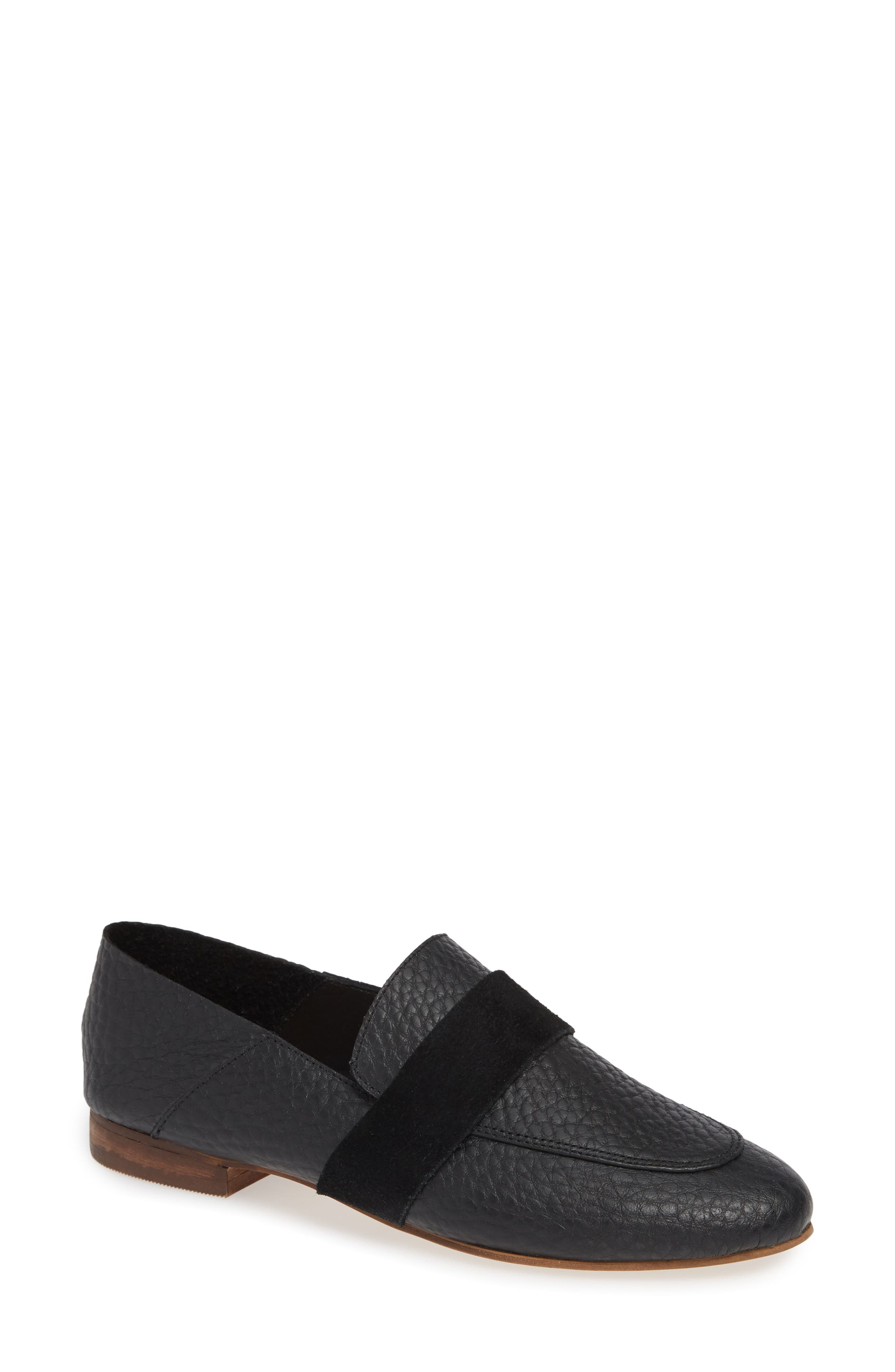 KAANAS Amalfi Loafer in Black