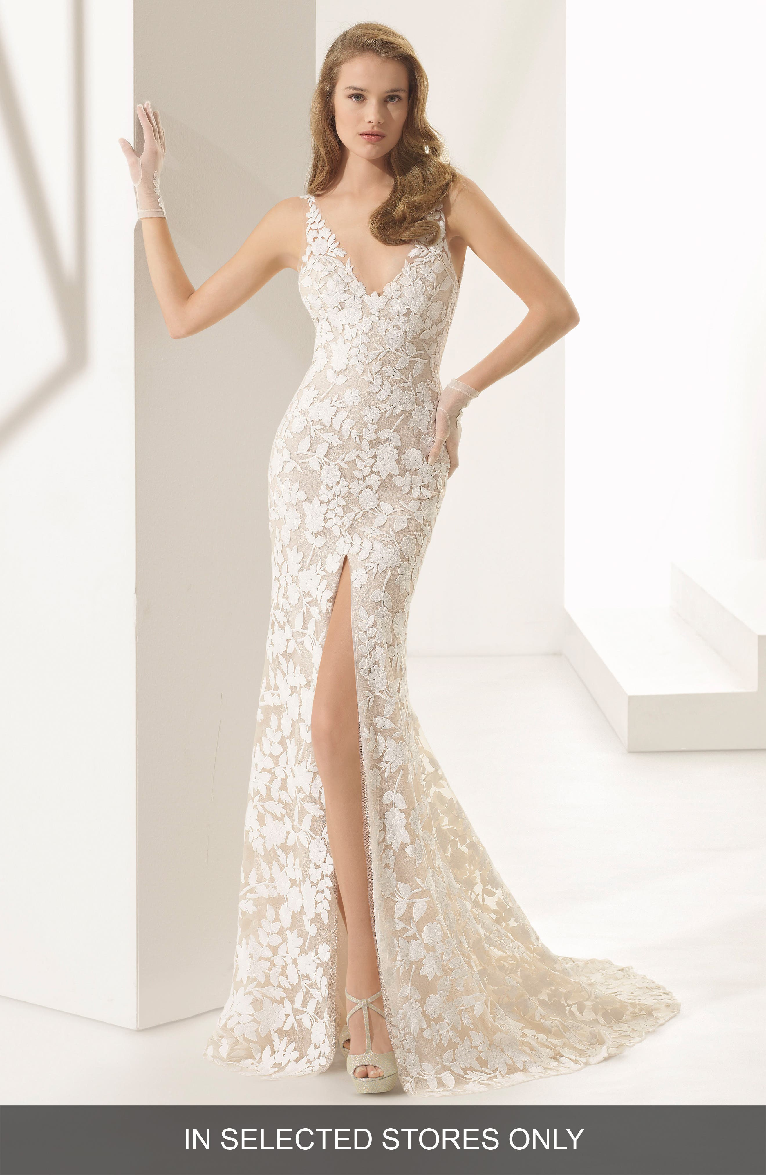 Rosa Clará Couture Panal Guipure Lace Mermaid Gown,                             Main thumbnail 1, color,                             NATURAL/ NUDE