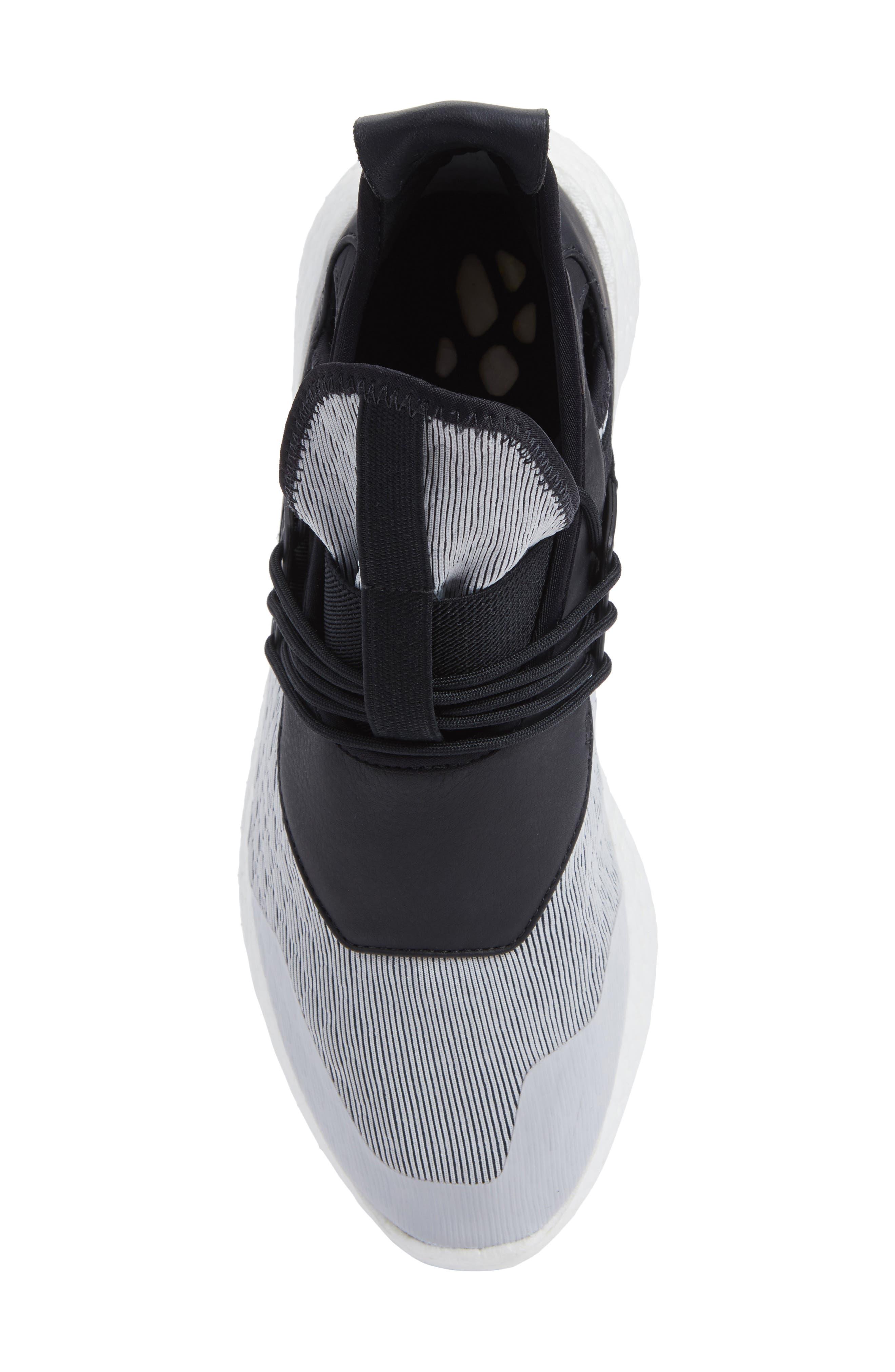 Elle Run Sneaker,                             Alternate thumbnail 5, color,                             021